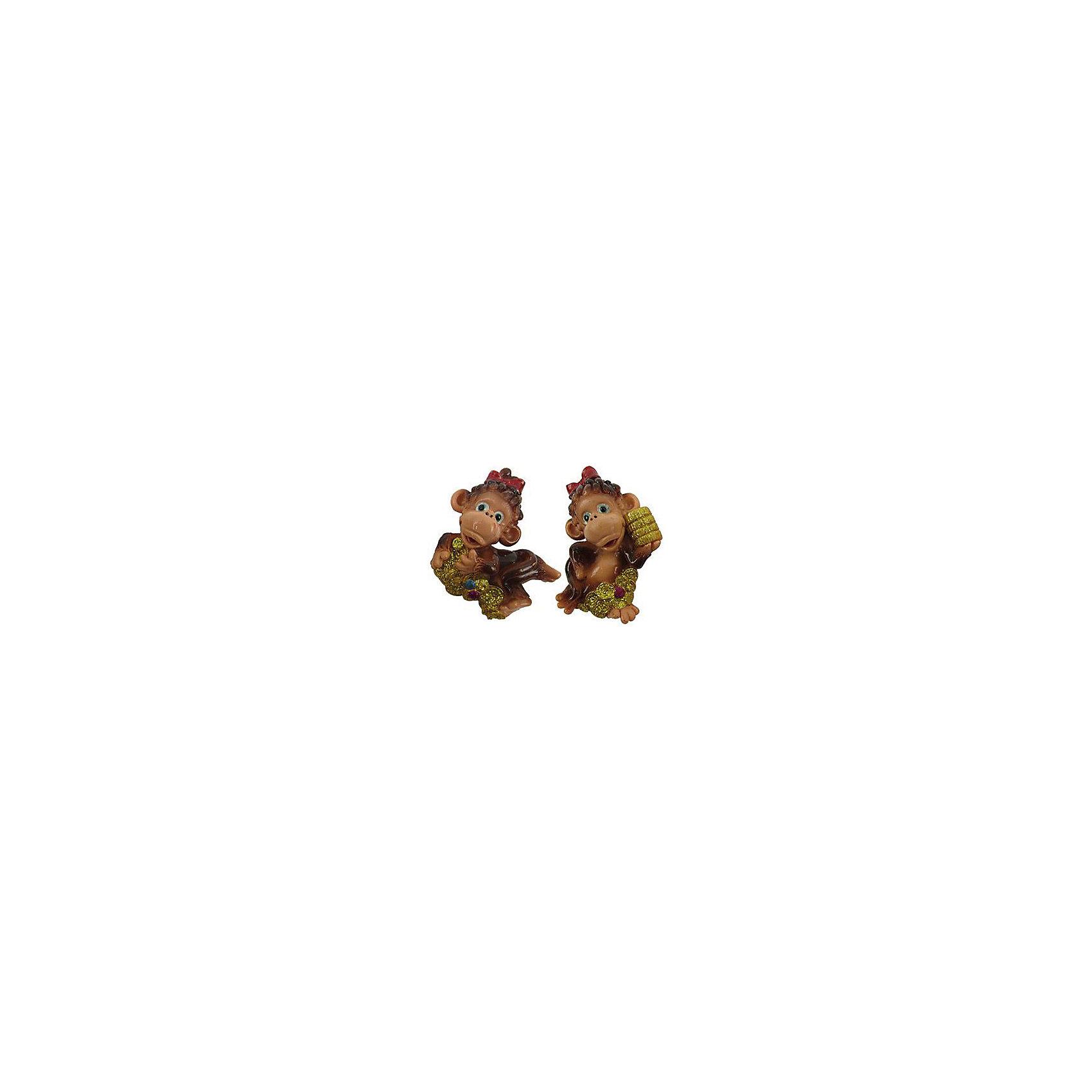Магнит Обезьянка МариВсё для праздника<br>Магнит Обезьянка Мари – это замечательный и актуальный новогодний подарок для всех!<br>Магнит Обезьянка Мари станет отличным презентом коллеге и другу, а также прекрасным украшением любой плоской металлической поверхности в доме. Обезьянка - символ года-2016 принесет Вам удачу и поднимет настроение. А эта обезьянка будет еще и притягивать деньги и принесет материальный достаток в Ваш дом.<br><br>Дополнительная информация:<br><br>- В ассортименте 2 вида<br>- Размер: 6,5 см.<br>- Материал: полистоун<br>- ВНИМАНИЕ! Данный артикул представлен в разных вариантах исполнения. К сожалению, заранее выбрать определенный вариант невозможно. При заказе нескольких магнитов возможно получение одинаковых<br><br>Магнит Обезьянка Мари можно купить в нашем интернет-магазине.<br><br>Ширина мм: 55<br>Глубина мм: 10<br>Высота мм: 65<br>Вес г: 667<br>Возраст от месяцев: 36<br>Возраст до месяцев: 2147483647<br>Пол: Унисекс<br>Возраст: Детский<br>SKU: 4418949