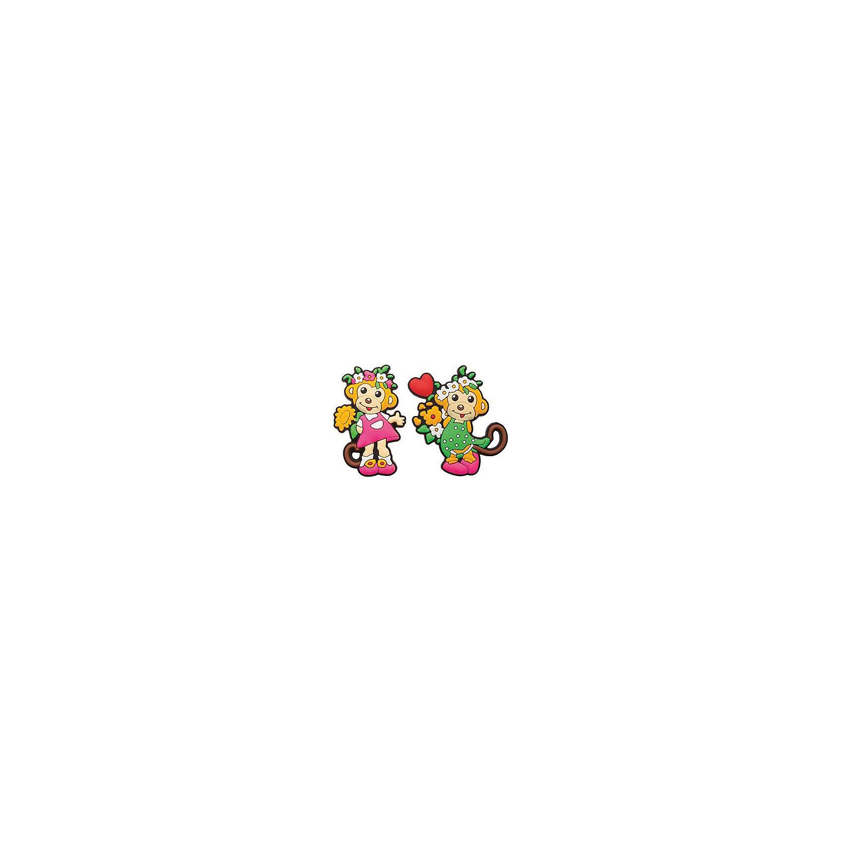 Магнит Летняя обезьянкаМагнит Летняя обезьянка – это замечательный и актуальный новогодний подарок для всех!<br>Магнит Летняя обезьянка воплощает символ 2016 года, станет отличным презентом коллеге и другу, а также прекрасным украшением любой плоской металлической поверхности в доме. Магнит с изображением нарядной обезьянки принесет удачу и поднимет настроение.<br><br>Дополнительная информация:<br><br>- В ассортименте 2 вида<br>- Размер: 6 см.<br>- Материал: поливинилхлорид<br>- ВНИМАНИЕ! Данный артикул представлен в разных вариантах исполнения. К сожалению, заранее выбрать определенный вариант невозможно. При заказе нескольких магнитов возможно получение одинаковых<br><br>Магнит Летняя обезьянка можно купить в нашем интернет-магазине.<br><br>Ширина мм: 60<br>Глубина мм: 5<br>Высота мм: 60<br>Вес г: 145<br>Возраст от месяцев: 36<br>Возраст до месяцев: 2147483647<br>Пол: Унисекс<br>Возраст: Детский<br>SKU: 4418953