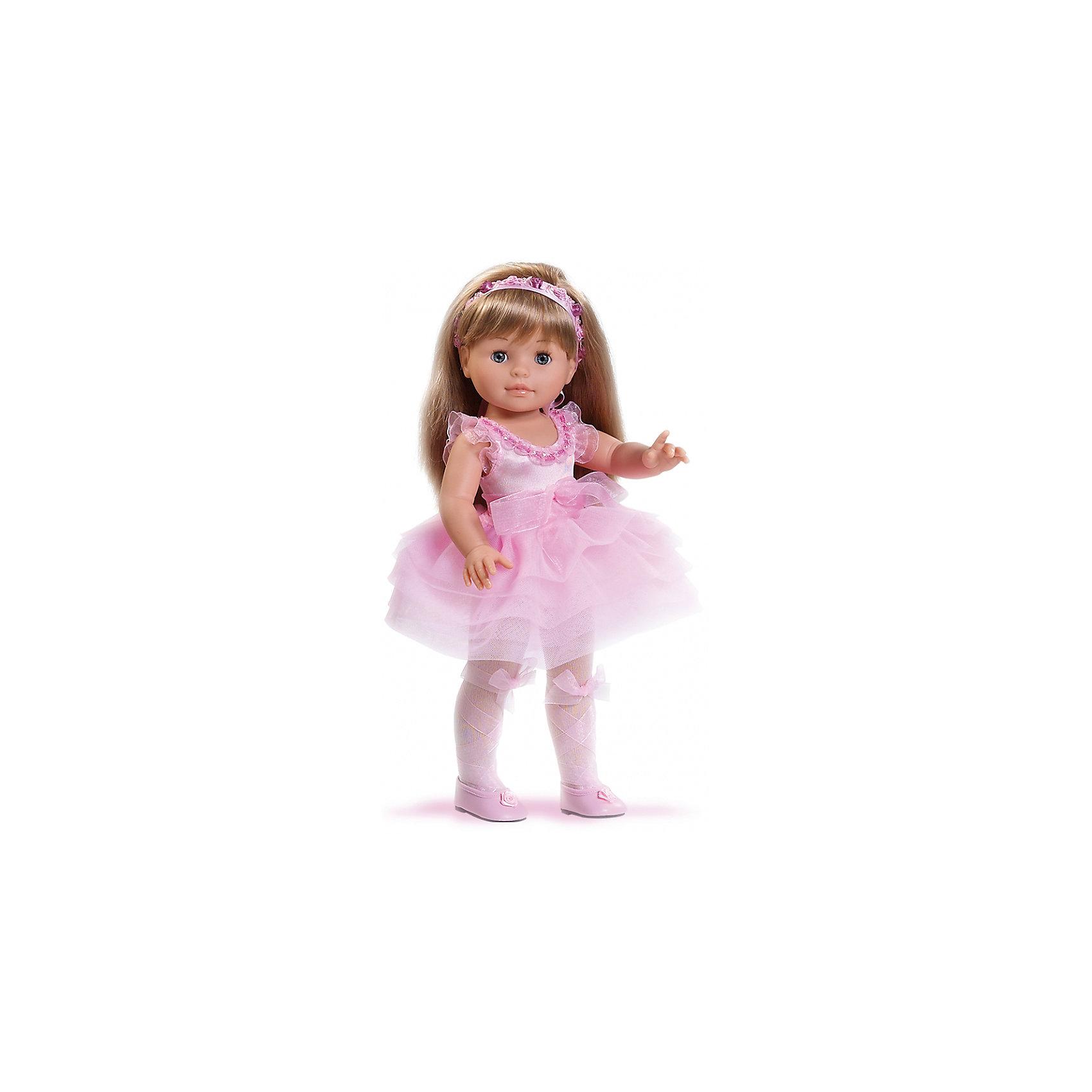 Кукла Сой Ту, 40 см, Paola ReinaКуклы из серии Сой Ту ( Я это Ты) так похожи на маленьких девочек! Эта очаровательна малышка одета в нежное платье с пышной юбкой, декорированное полупрозрачным бантиком и милыми оборками. На ногах куклы колготы и маленькие красивые туфельки. Завершает образ небольшой изысканный ободок на голове. Длинные белокурые волосы очень приятно расчесывать и создавать из них всевозможные прически. Куклы Паола Рейна имеют нежный ванильный аромат, одеты в модную одежду с аксессуарами. Выразительная мимика, уникальный и неповторимый дизайн лица и тела делают эти игрушки запоминающимися и уникальными. Куклы изготовлены из высококачественного винила, без вредных примесей, абсолютно безопасны для детей. <br><br>Дополнительная информация:<br><br>- Материалы: кукла изготовлена из винила; глаза выполнены в виде кристалла из прозрачного твердого пластика; волосы сделаны из высококачественного нейлона, одежда - текстиль.<br>- Размер: 40 см.<br>- Комплектация: кукла в одежде и обуви. <br>- Голова, ручки, ножки куклы подвижные.<br><br>Куклу Сой Ту, 40 см, Paola Reina (Паола Рейна), можно купить в нашем магазине.<br><br>Ширина мм: 250<br>Глубина мм: 120<br>Высота мм: 500<br>Вес г: 1333<br>Возраст от месяцев: 36<br>Возраст до месяцев: 144<br>Пол: Женский<br>Возраст: Детский<br>SKU: 4420320