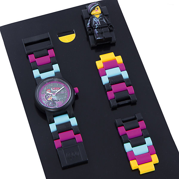 Часы наручные аналоговые с минифигурой Lucy на ремешке, LEGOLEGO Товары для фанатов<br>Наручные аналоговые часы LEGO имеют высококачественный японский кварцевый механизм и отличаются надежностью и точностью хода. Они способны выдержать статическое давление 50-метрового водяного столба (5 атмосфер). Такая водонепроницаемость позволяет работать с водой в часах. Нельзя использовать для ныряния, прыжков в воду, виндсерфинга и т.п. Линза часов имеет высокую устойчивость к царапинам, поэтому их может носить даже самый неугомонный и неаккуратный мальчишка. Пластиковые браслеты имеют прочный механизм сцепления, а сменные секции позволяют удлинить или укоротить браслет. В составе часов не содержится никеля и ПВХ. Фирменные наручные часы от компании LEGO станут замечательным подарком любому любителю и фанату конструкторов.<br>Характеристики:<br>Диаметр циферблата наручных часов: 2,5 см. <br>Длина ремешка наручных часов (с учетом корпуса): 21 см. <br>Ширина ремешка: 2 см. <br>Количество деталей: 24.<br>Материал: пластик, металл, стекло. <br>Изготовитель: Китай.<br>Рекомендуемый возраст: от 6 лет.<br><br>Ширина мм: 170<br>Глубина мм: 157<br>Высота мм: 67<br>Вес г: 117<br>Возраст от месяцев: 36<br>Возраст до месяцев: 2147483647<br>Пол: Женский<br>Возраст: Детский<br>SKU: 4424072
