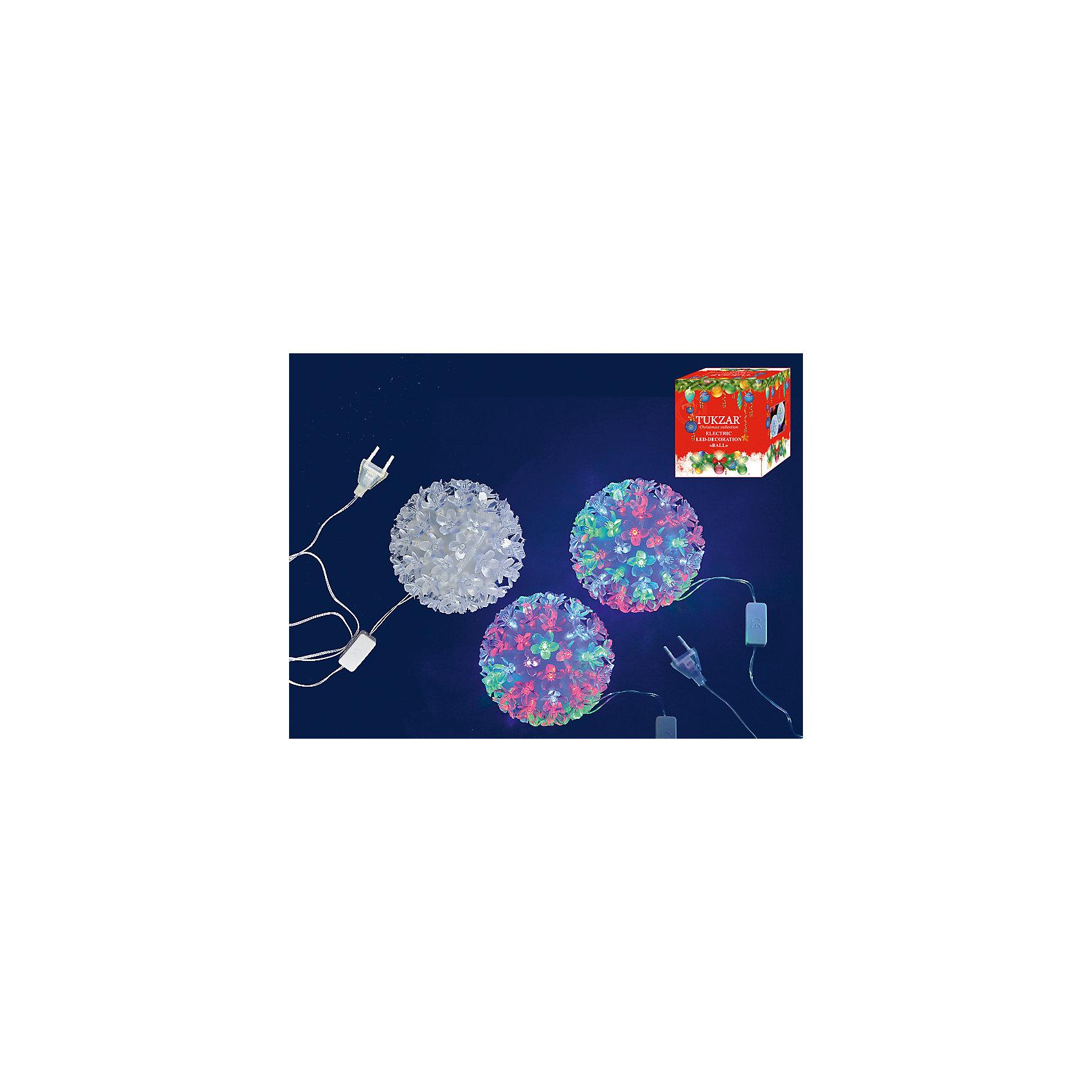 Светодиодное украшение Шар 13 см, 80 лампСветодиодное украшение Шар 13 см, 80 ламп – этот аксессуар порадует взрослых и детей, и создаст волшебную атмосферу новогодних праздников.<br>Светодиодное украшение Шар замечательно украсит Ваш интерьер или станет приятным сувениром для родных и друзей. Шар из 80 разноцветных ламп в виде цветов создаст новогоднее настроение.<br><br>Дополнительная информация:<br><br>- Диаметр: 13 см.<br>- Количество ламп: 80 (разноцветные)<br>- Прозрачный провод<br>- Размер упаковки: 13х13х13 см.<br>- Вес: 300 гр.<br><br>Светодиодное украшение Шар 13 см, 80 ламп можно купить в нашем интернет-магазине.<br><br>Ширина мм: 130<br>Глубина мм: 130<br>Высота мм: 130<br>Вес г: 300<br>Возраст от месяцев: 36<br>Возраст до месяцев: 2147483647<br>Пол: Унисекс<br>Возраст: Детский<br>SKU: 4437443
