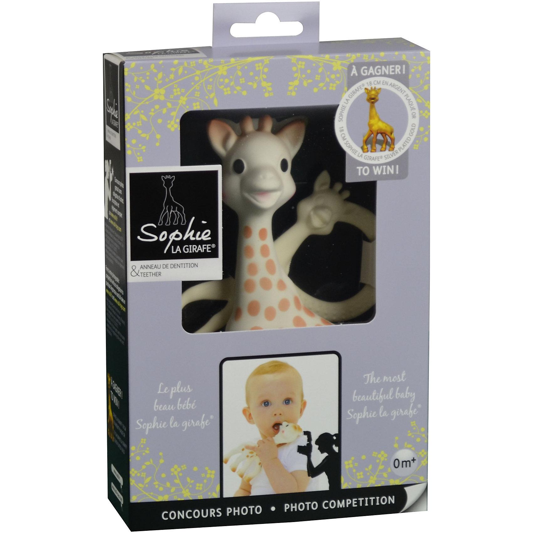 Жирафик Софи, VulliБольше радости от Жирафика Софи для малыша. Специальная серия, выпущенная в поддержку мирового фотоконкурса «Самый красивый малыш». Условия фотоконкурса размещены на упаковке и сайте: http://www3.jeuconcours.fr/leplusbeaubebesophielagirafe/   В набор входит Жирафик Софи и прорезыватель необычной формы. Жирафик Софи – уникальная развивающая игрушка-прорезыватель, стимулирует 5 органов чувств ребенка. Более 50 лет назад Жирафик Софи была создана во французской провинции Румилли Седекс, где  производится до сих пор вручную. По развивающим характеристикам игрушка не имеет аналогов. Жирафик Софи стала другом более чем 50 миллионам малышей по всему миру! Игрушка развивает осязание, зрение, слух, моторику и обоняние. Благодаря этому все пять чувств вашего ребенка будут развиваться гармонично и вовремя, что позволит малышу в более позднем возрасте легче запоминать информацию, быть более координированным и ловким, грамотнее выражать свои мысли, научится принимать решения. Необычная форма прорезывателя привлекает внимание ребенка и забавляет его продолжительное время. Ребенок может держать прорезыватель двумя или одной рукой за кольца.  Форма и размеры ручек прорезывателя идеально подойдут для маленьких ладошек младенца. Каучуковый прорезыватель очень удобно брать с собой во время прогулок или путешествий. Прорезыватель имеет части различной формы и текстуры, которые помогут малышу снять зуд с десен в период прорезывания зубов. Уменьшенная фигурка Жирафика Софи будет напоминать малышу о любимой игрушке.  Возраст: 0 мес+.<br><br>Ширина мм: 215<br>Глубина мм: 55<br>Высота мм: 140<br>Вес г: 83<br>Возраст от месяцев: 0<br>Возраст до месяцев: 24<br>Пол: Унисекс<br>Возраст: Детский<br>SKU: 4440500