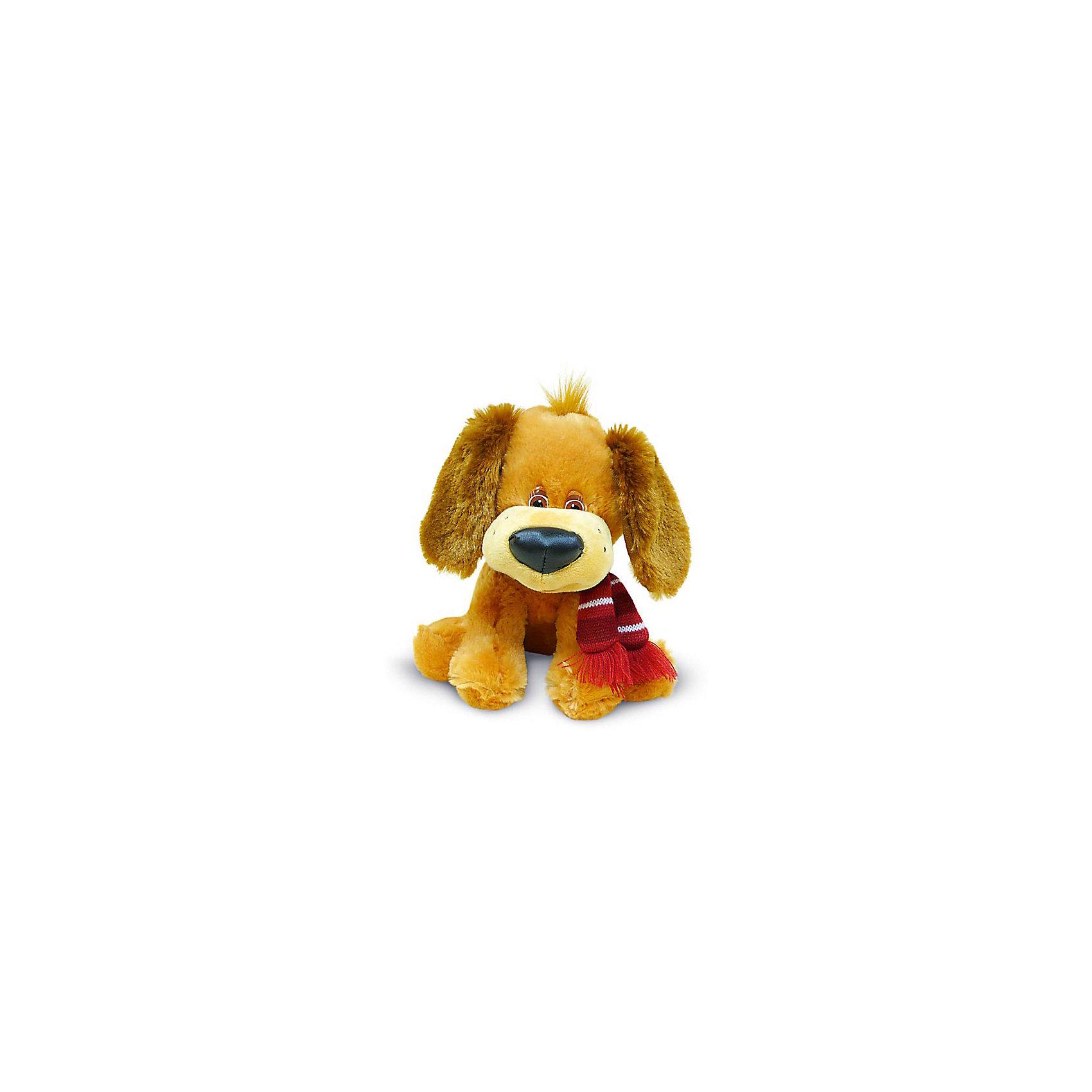 Щенок с шарфом, музыкальный, LAVAОзвученные мягкие игрушки<br>Милый щенок с  большим носом и добрыми глазами не оставит равнодушным ни одного ребенка! Он имеет мягкую шерстку, мохнатые ушки, умеет петь песенку. Выполнен из высококачественных материалов, очень приятен на ощупь. Прекрасный подарок на любой праздник.<br><br>Дополнительная информация:<br><br>- Материал: искусственный мех, текстиль, синтепон, пластик.<br>- Размер: 21 см. <br>- Поет песенку. <br>- Элемент питания: батарейка (в комплекте).<br><br>Щенка с шарфом, музыкального, 21 см., LAVA (ЛАВА), можно купить в нашем магазине.<br><br>Ширина мм: 150<br>Глубина мм: 150<br>Высота мм: 220<br>Вес г: 236<br>Возраст от месяцев: 36<br>Возраст до месяцев: 1188<br>Пол: Унисекс<br>Возраст: Детский<br>SKU: 4444197