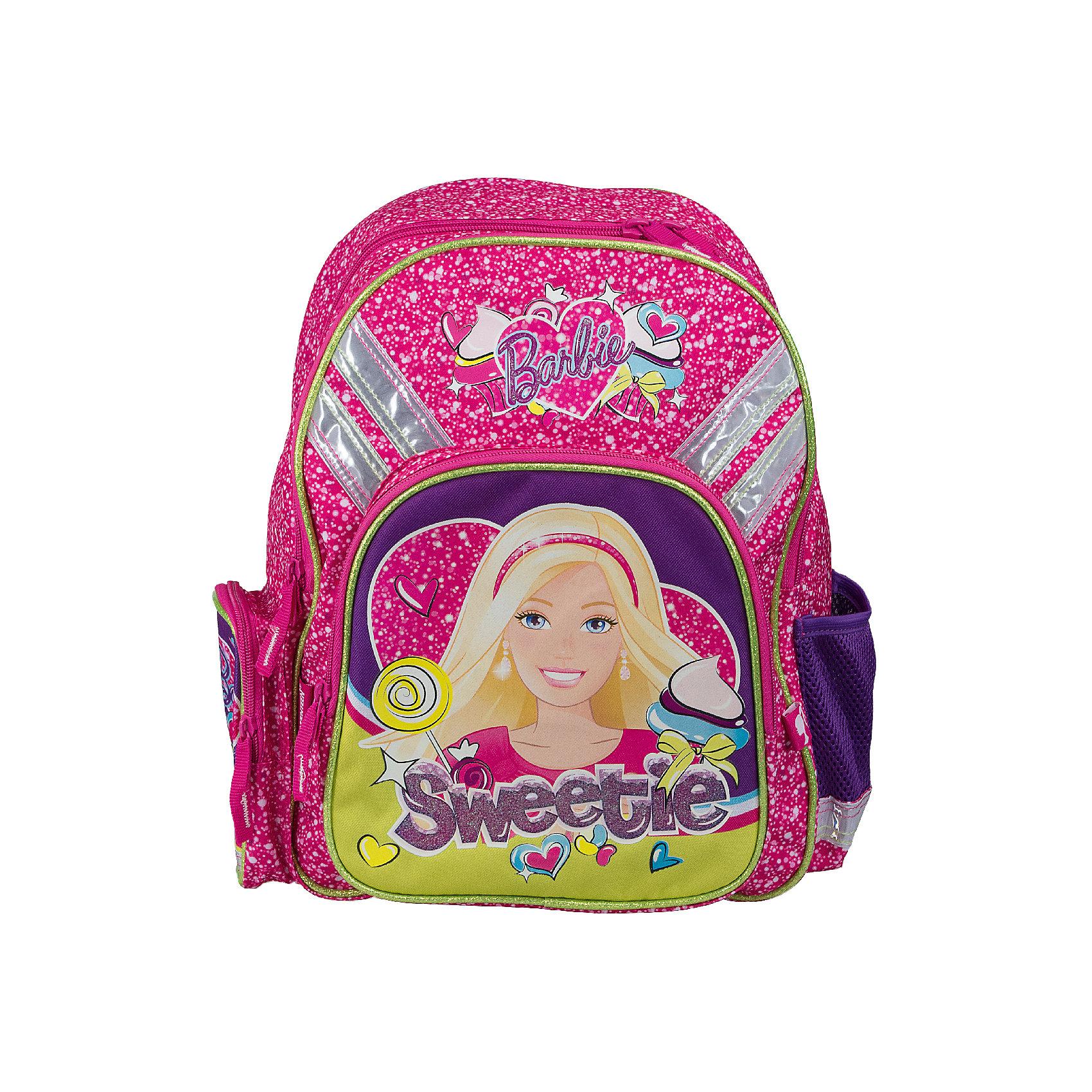 Эргономичный рюкзак с EVA-спинкой, BarbieРюкзак с эргономической EVA-спинкой, Barbie - идеальный вариант для школьных занятий. Рюкзак выполнен из прочного полиэстера яркой розовой расцветки, имеет привлекательный для девочек дизайн и украшен изображением популярной куклы Барби. Благодаря плотной<br>эргономической спинке позвоночник ребенка не будет испытывать больших нагрузок во время эксплуатации рюкзака. Широкие лямки S-образной формы с поролоном и воздухообменным сетчатым материалом регулируются по длине и равномерно распределяют нагрузку на плечевой пояс. Также есть удобная текстильная ручка с резиновой накладкой, за которую можно нести рюкзак. Жесткое дно в виде раскладной панели с пластиковой вставкой защитит содержимое рюкзака от повреждений. <br><br>Рюкзак закрывается на застежку-молнию. Внутри два больших отделения на молнии, основное отделение с двумя перегородками для тетрадей или учебников. На лицевой стороне расположен большой накладной карман на молнии, а также два маленьких кармана по бокам. Светоотражающие элементы обеспечивают безопасность в темное время суток.<br><br>Дополнительная информация:<br><br>- Материал: полиэстер, текстиль, пластик, металл. <br>- Размер: 38 х 29 х 15 см.<br>- Вес: 0,546 кг.<br><br>Рюкзак с эргономической EVA-спинкой, Barbie, можно купить в нашем интернет-магазине.<br><br>Ширина мм: 150<br>Глубина мм: 290<br>Высота мм: 380<br>Вес г: 546<br>Возраст от месяцев: 96<br>Возраст до месяцев: 108<br>Пол: Женский<br>Возраст: Детский<br>SKU: 4489515
