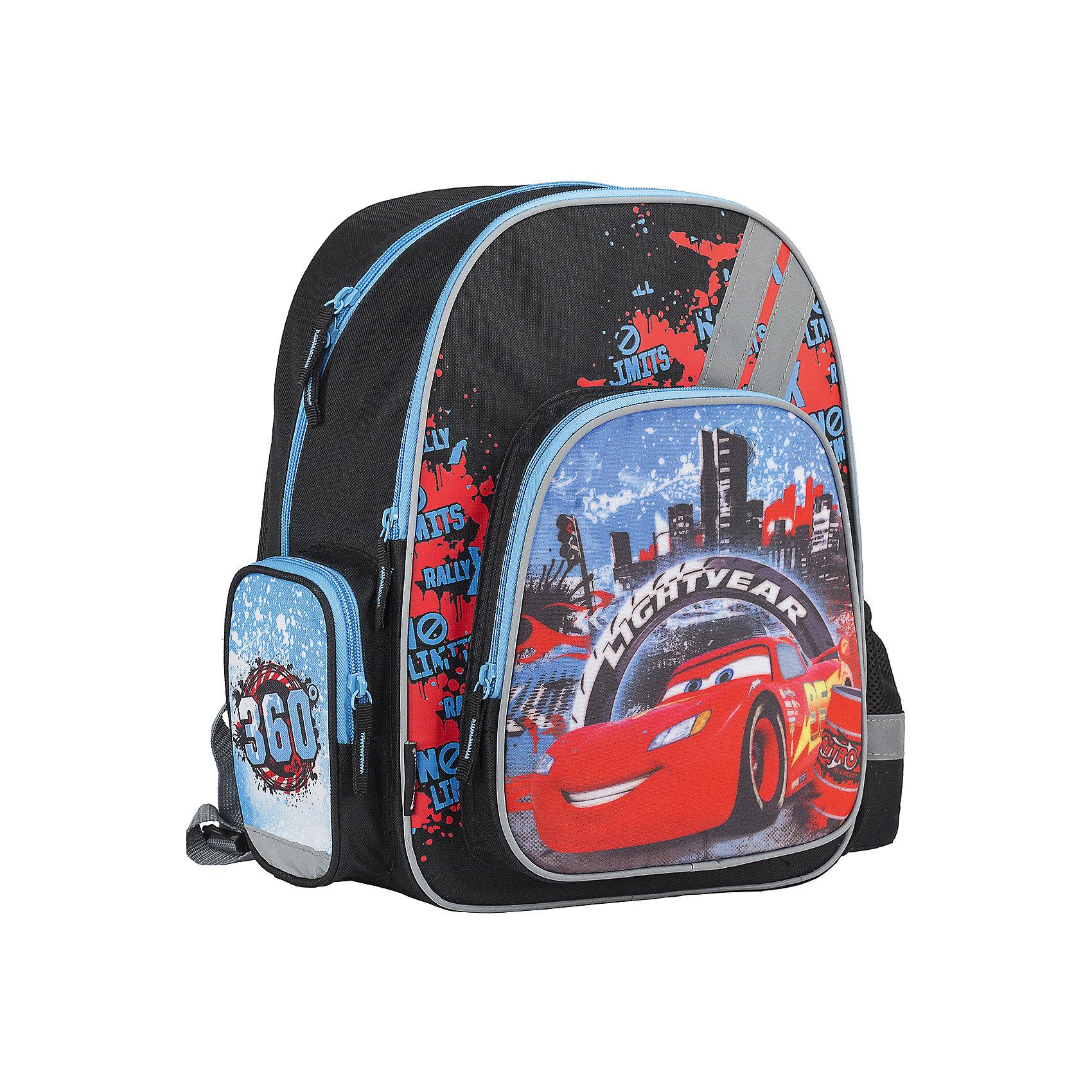 Эргономичный рюкзак с EVA-спинкой, ТачкиРюкзак с эргономической EVA-спинкой, Тачки – этот удобный рюкзак станет незаменимым спутником вашего ребенка, поклонника мультсериала Тачки.<br>Рюкзак с эргономической EVA-спинкой, Тачки обязательно понравится вашему школьнику. Он выполнен из прочных и высококачественных материалов, дополнен изображением Молнии МакКуина - главного героя популярного мультфильма Тачки. Содержит два вместительных отделения, закрывающиеся на застежки-молнии. В большом отделении находятся две перегородки для тетрадей или учебников. Лицевая сторона оснащена накладным карманом на молнии. По бокам расположены два накладных кармана: на застежке-молнии и открытый, стянутый сверху резинкой. Специально разработанная архитектура спинки со стабилизирующими набивными элементами повторяет естественный изгиб позвоночника. Набивные элементы обеспечивают вентиляцию спины ребенка. Плечевые лямки S-образной анатомической формы с поролоном и воздухообменным сетчатым материалом, равномерно распределяют нагрузку на плечевую и воротниковую зоны. Конструкция пряжки лямок позволяет отрегулировать рюкзак по фигуре. Рюкзак оснащен эргономичной текстильной ручкой с резиновым захватом для удобной переноски в руке. Светоотражающие элементы обеспечивают безопасность в темное время суток.<br><br>Дополнительная информация:<br><br>- Размер: 38 x 29 x 15 см.<br>- Материал: полиэстер<br>- Вес: 704 гр.<br><br>Рюкзак с эргономической EVA-спинкой, Тачки можно купить в нашем интернет-магазине.<br><br>Ширина мм: 150<br>Глубина мм: 290<br>Высота мм: 380<br>Вес г: 704<br>Возраст от месяцев: 48<br>Возраст до месяцев: 84<br>Пол: Мужской<br>Возраст: Детский<br>SKU: 4489531