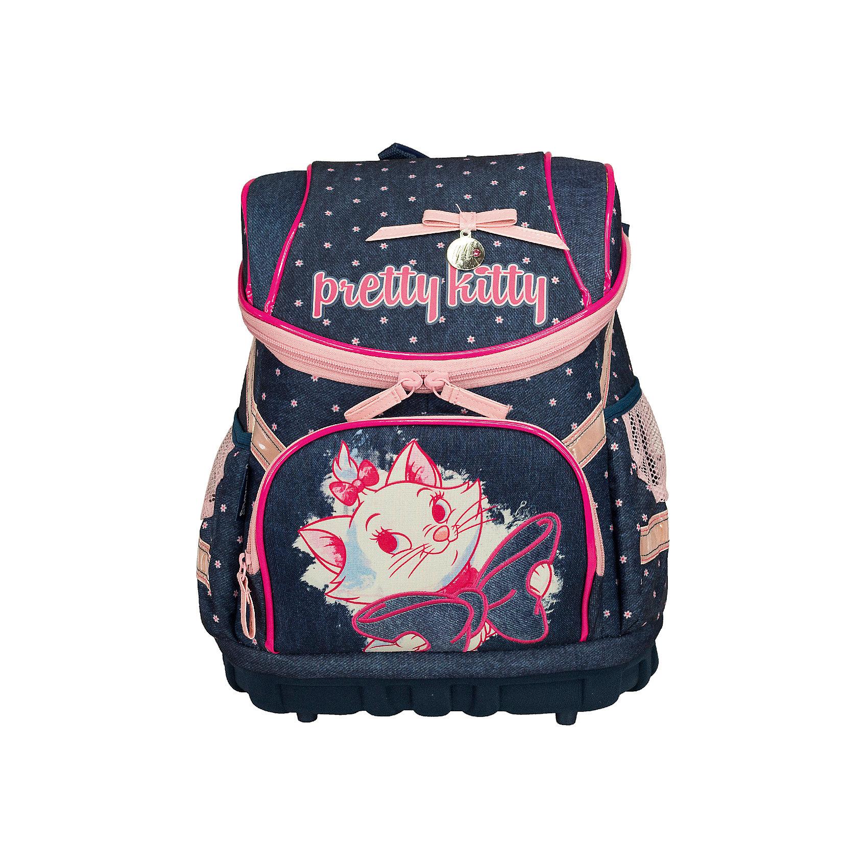 Профилактический рюкзак Кошка МариПрофилактический рюкзак, Кошка Мари - это функциональный, удобный и стильный рюкзак.<br>Профилактический рюкзак, Кошка Мари выполнен из современного легкого и прочного материала и дополнен яркой аппликацией в виде милой кошечки. Рюкзак содержит два отделения, закрывающиеся сверху клапаном на застежке-молнии. Внутри имеется резинка, которая фиксирует папки и книжки. На лицевой стороне рюкзака расположен карман на молнии для пенала. По бокам - два сетчатых кармана. Спинка выполнена с использованием толстого поролона, усилена пластиком, стенки - из EVA, благодаря этому рюкзак не меняет своей формы в нагруженном состоянии. Дно рюкзака выполнено в виде поддона, что делает его более устойчивым. Широкие мягкие лямки регулируются по длине и равномерно распределяют нагрузку на плечевой пояс. Рюкзак оснащен текстильной ручкой с резиновым обхватом для удобной переноски. Светоотражающие элементы обеспечат безопасность в темное время суток.<br><br>Дополнительная информация:<br><br>- Материал: полиэстер<br>- Размер: 36 х 30 х 18 см.<br>- Вес: 649 гр.<br><br>Профилактический рюкзак, Кошка Мари можно купить в нашем интернет-магазине.<br><br>Ширина мм: 360<br>Глубина мм: 300<br>Высота мм: 180<br>Вес г: 649<br>Возраст от месяцев: 96<br>Возраст до месяцев: 108<br>Пол: Женский<br>Возраст: Детский<br>SKU: 4489558