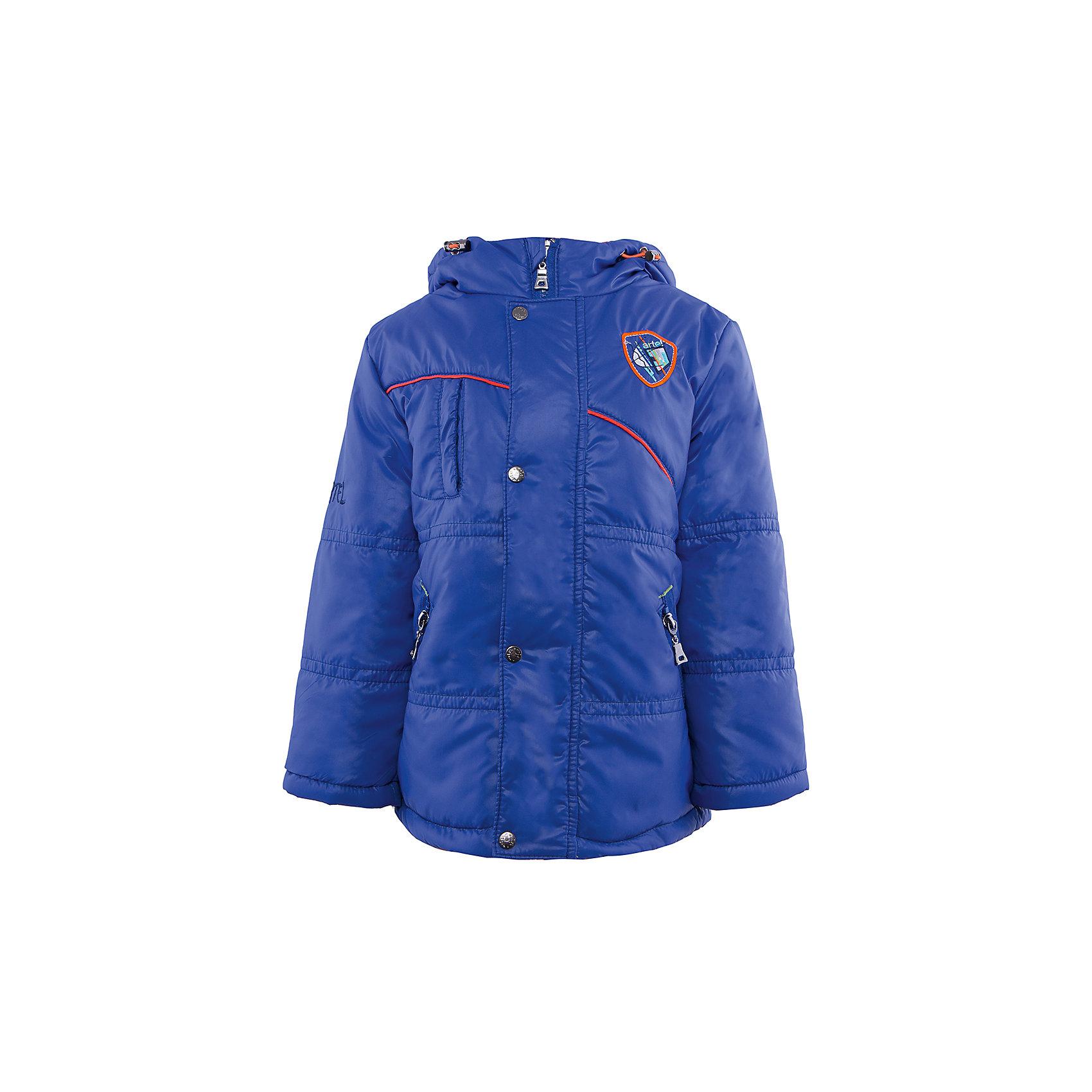 Куртка для мальчика АртельВерхняя одежда<br>Куртка для мальчика от торговой марки Артель &#13;<br>&#13;<br>Утепленная куртка позволит ребенку чувствовать себя комфортно даже в холодную погоду. Сделана она из качественных материалов, поэтому может прослужить не один сезон. Практичная и удобная вещь.<br>Одежда от бренда Артель – это высокое качество по приемлемой цене и всегда продуманный дизайн. &#13;<br>&#13;<br>Особенности модели: &#13;<br>- цвет - синий;&#13;<br>- наличие карманов;&#13;<br>- капюшон;<br>- утеплитель;&#13;<br>- украшена вышивкой;&#13;<br>- застежка-молния под клапаном на кнопках.&#13;<br>&#13;<br>Дополнительная информация:&#13;<br>&#13;<br>Состав: &#13;<br>- верх: 819 YSD;<br>- подкладка: интерлок, тиси;<br>- утеплитель: термофайбер 200 г<br>&#13;<br>Температурный режим: &#13;<br>от - 15 °C до + 10 °C&#13;<br>&#13;<br>Куртку для мальчика Артель (Artel) можно купить в нашем магазине.<br><br>Ширина мм: 356<br>Глубина мм: 10<br>Высота мм: 245<br>Вес г: 519<br>Цвет: синий<br>Возраст от месяцев: 36<br>Возраст до месяцев: 48<br>Пол: Мужской<br>Возраст: Детский<br>Размер: 104,110,98,116,122<br>SKU: 4496025