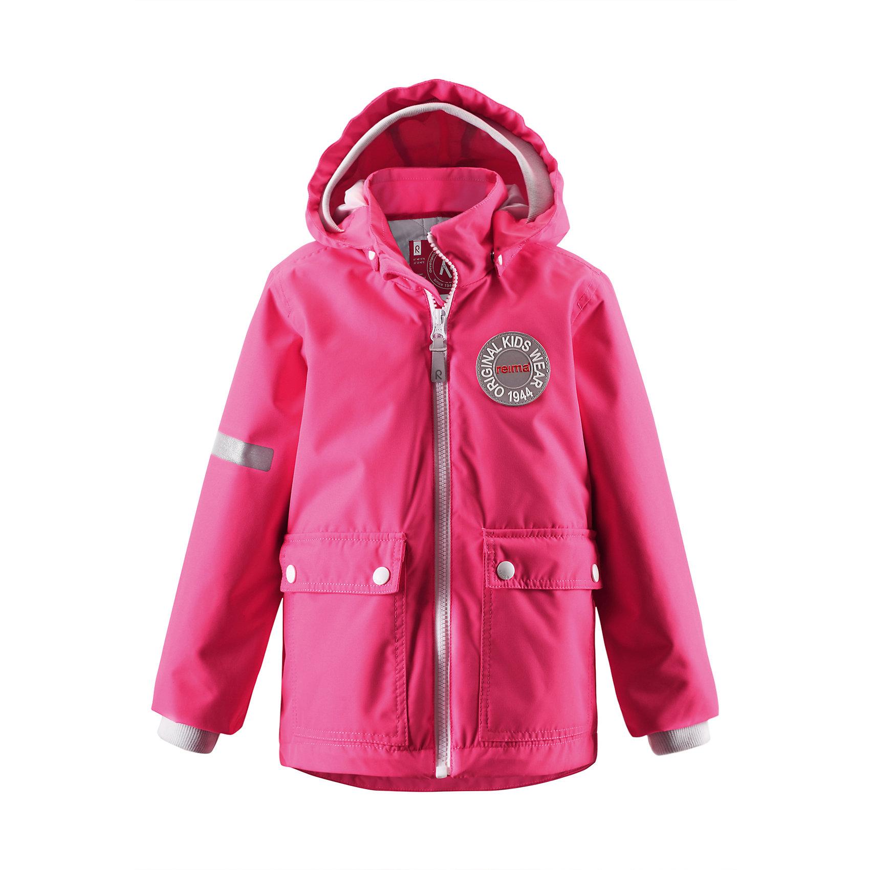 Куртка для девочки ReimaВ детской демисезонной куртке с рисунком Reima® Anniversary дождь не страшен — все основные швы проклеены, водонепроницаемы. Эта куртка идеально подойдет для ранних весенних дней, ведь на улице все еще может быть холодно. С помощью удобной системы кнопок Play Layers® к этой куртке можно присоединять разнообразную одежду промежуточного слоя Reima®. В холодные дни промежуточный слой подарит вашему ребенку дополнительное тепло и комфорт. Благодаря съемной стеганой подкладке куртку также можно превратить в более легкую весеннюю модель. Большие карманы с клапанами и светоотражающие детали выполнены в ретро-стиле 70-х.<br><br>Дополнительная информация:<br><br>Куртка демисезонная для детей<br>Основные швы проклеены и не пропускают влагу<br>Водоотталкивающий, ветронепроницаемый, «дышащий» и грязеотталкивающий материал<br>Съемная, стеганая подкладка<br>Безопасный, отстегивающийся и регулируемый капюшон<br>Мягкая резинка на кромке капюшона и манжетах<br>Карманы с клапанами<br>Безопасные светоотражающие элементы<br>Состав:<br>100% ПЭ, ПУ-покрытие<br>Уход:<br>Стирать по отдельности, вывернув наизнанку. Застегнуть молнии и липучки. Стирать моющим средством, не содержащим отбеливающие вещества. Полоскать без специального средства. Во избежание изменения цвета изделие необходимо вынуть из стиральной машинки незамедлительно после окончания программы стирки. Сушить при низкой температуре.<br><br>Ширина мм: 356<br>Глубина мм: 10<br>Высота мм: 245<br>Вес г: 519<br>Цвет: розовый<br>Возраст от месяцев: 24<br>Возраст до месяцев: 36<br>Пол: Женский<br>Возраст: Детский<br>Размер: 98,92,104,140,134,128,122,116,110<br>SKU: 4496793