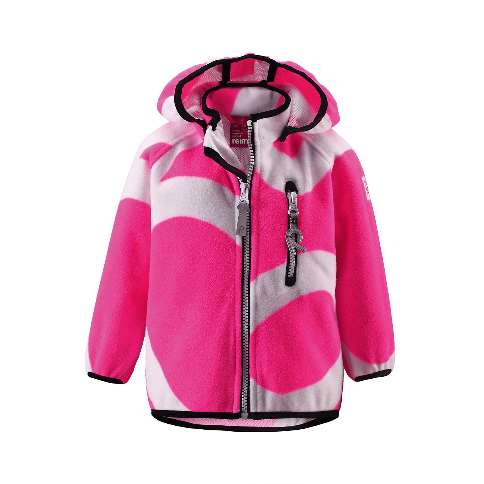 Куртка Soft shell ReimaА пойдемте-ка на улицу! Никакой ветер не остановит маленьких исследователей в этой флисовой ветровке! Симпатичная куртка для малышей выполнена из дышащего флиса, мягкого на ощупь, и снабжена водонепроницаемой вставкой внутри материала. Фигурные рукава защитят малюсенькие ручки от холода, а самые важные для ребенка предметы сохранятся во время игр на воздухе благодаря карманам на молнии. Куртка идеальна для игр на открытом воздухе в осенний и весенний периоды, но она также может использоваться в качестве среднего слоя под низ другой куртки!<br><br>Дополнительная информация:<br><br>Куртка из материала windfleece для малышей<br>Водонепроницаемость: 5000 мм<br>Из ветронепроницаемого материала, но изделие «дышит»<br>Безопасный, съемный капюшон<br>Эластичная резинка на кромке капюшона, манжетах и подоле<br>Карман на молнии<br>Состав:<br>100% ПЭ, ПУ-мембрана<br>Уход:<br>Стирать по отдельности. Застегнуть молнии и липучки. Стирать моющим средством, не содержащим отбеливающие вещества. Полоскать без специального средства. Во избежание изменения цвета изделие необходимо вынуть из стиральной машинки незамедлительно после окончания программы стирки. Сушить при низкой температуре.<br><br>Ширина мм: 356<br>Глубина мм: 10<br>Высота мм: 245<br>Вес г: 519<br>Цвет: розовый<br>Возраст от месяцев: 24<br>Возраст до месяцев: 36<br>Пол: Унисекс<br>Возраст: Детский<br>Размер: 98,92,86,74,80<br>SKU: 4497141