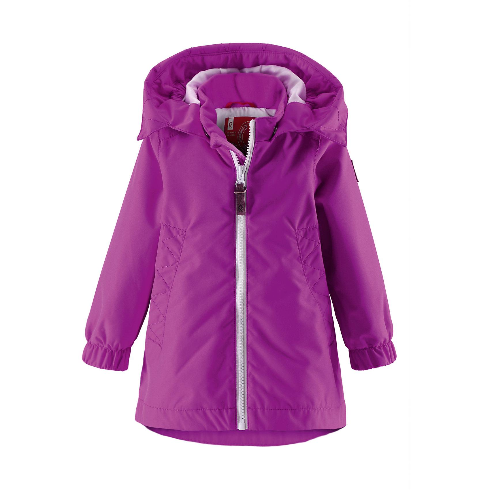 Куртка для девочки ReimaЯркая, удобная в уходе, водоотталкивающая демисезонная куртка для малышей. Основные швы проклеены, поэтому ребенок не промокнет под случайным дождем. Ветронепроницаемый материал также является грязеотталкивающим. Гладкая, удобная подкладка из полиэстера облегчает процесс одевания и не намокает от пота. отстегивающийся капюшон защищает от холодного ветра, а также является безопасным во время игр на свежем воздухе. На куртке имеется два кармана на молнии для маленьких «сокровищ», а светоотражающие детали обеспечивают безопасность в темное время суток.<br><br>Дополнительная информация:<br><br>Куртка демисезонная для малышей<br>Водонепроницаемость: 10000 мм<br>Основные швы проклеены и не пропускают влагу<br>Водоотталкивающий, ветронепроницаемый, «дышащий» и грязеотталкивающий материал<br>Гладкая подкладка из полиэстра<br>Безопасный, съемный капюшон<br>Два кармана на молнии<br>Безопасные светоотражающие детали<br>Состав:<br>100% ПЭ, ПУ-покрытие<br>Уход:<br>Стирать по отдельности, вывернув наизнанку. Застегнуть молнии и липучки. Стирать моющим средством, не содержащим отбеливающие вещества. Полоскать без специального средства. Во избежание изменения цвета изделие необходимо вынуть из стиральной машинки незамедлительно после окончания программы стирки. Сушить при низкой температуре.<br><br>Ширина мм: 356<br>Глубина мм: 10<br>Высота мм: 245<br>Вес г: 519<br>Цвет: розовый<br>Возраст от месяцев: 12<br>Возраст до месяцев: 18<br>Пол: Женский<br>Возраст: Детский<br>Размер: 86,74,92,98,80<br>SKU: 4497159