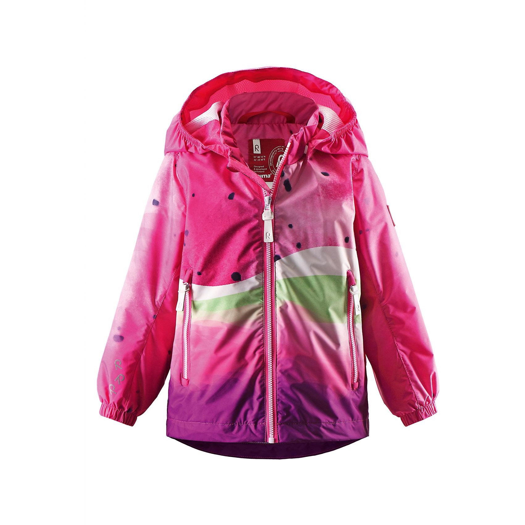Куртка для девочки ReimaОдежда<br>Легкая куртка-ветровка для малышей – специально для межсезонья. Материал также выдержит неожиданное попадание на него воды. Подкладка из сетки для лучшей вентиляции и комфорта. Отстегивающийся капюшон и светоотражающие детали гарантируют дополнительную безопасность во время игр на воздухе, а карманы на молнии обеспечат достаточно места для хранения наиболее ценных мелочей.<br><br>Дополнительная информация:<br><br>Куртка демисезонная для малышей<br>Водонепроницаемость 5000 мм<br>Водоотталкивающий, ветронепроницаемый и «дышащий» материал<br>Подкладка из mesh-сетки<br>Безопасный, съемный капюшон<br>Регулируемый подол<br>Состав:<br>100% ПЭ, ПУ-покрытие<br>Уход:<br>Стирать по отдельности, вывернув наизнанку. Застегнуть молнии и липучки. Стирать моющим средством, не содержащим отбеливающие вещества. Полоскать без специального средства. Во избежание изменения цвета изделие необходимо вынуть из стиральной машинки незамедлительно после окончания программы стирки. Сушить при низкой температуре.<br><br>Ширина мм: 356<br>Глубина мм: 10<br>Высота мм: 245<br>Вес г: 519<br>Цвет: розовый<br>Возраст от месяцев: 12<br>Возраст до месяцев: 18<br>Пол: Женский<br>Возраст: Детский<br>Размер: 92,80,74,86,98<br>SKU: 4497215