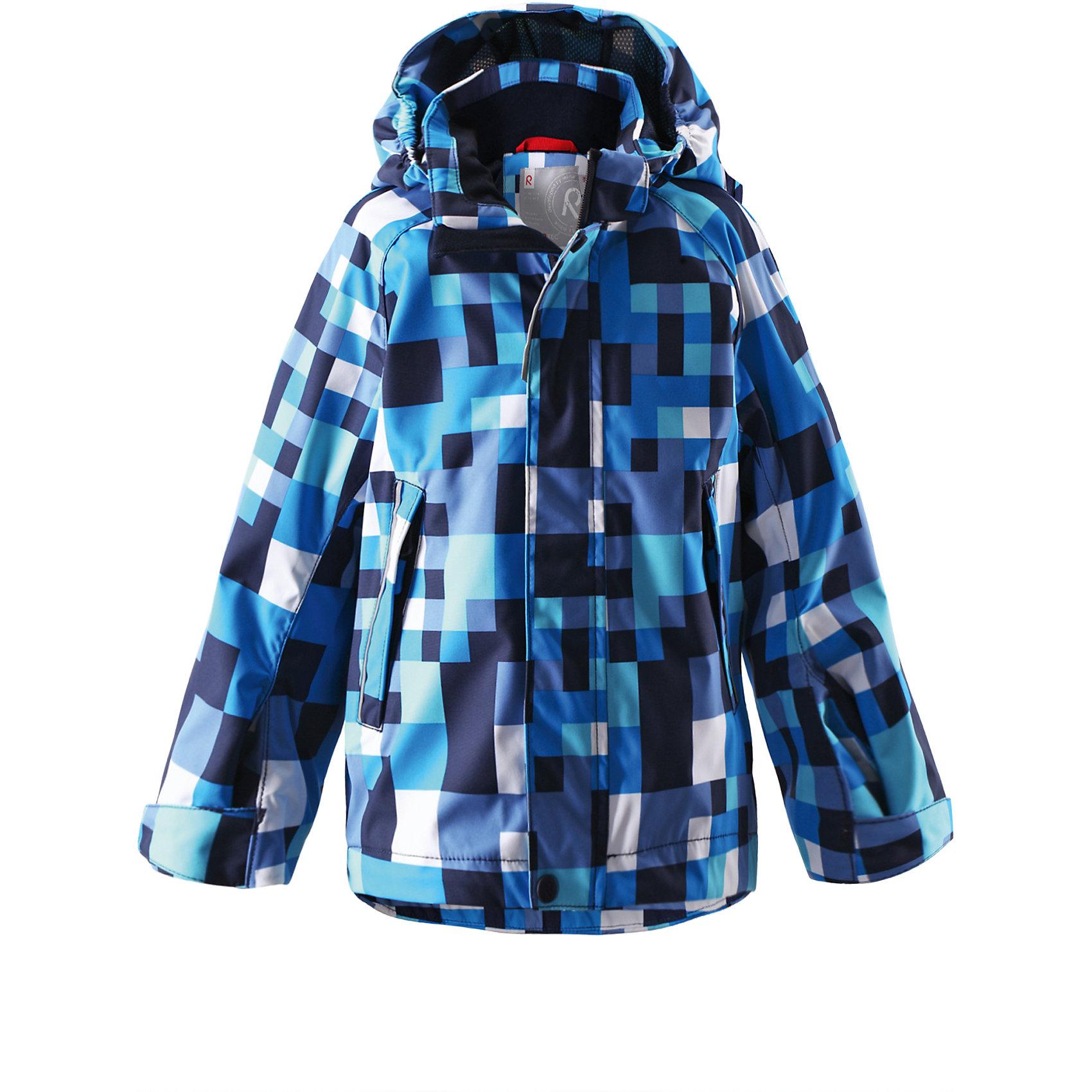 Куртка для мальчика Reimatec ReimaОдежда<br>Спортивная демисезонная куртка для круглогодичного использования, будь то дождь или солнечная погода. Добавив теплые средние слои, можно использовать куртку и в холодную погоду – обратите внимание на удобную систему кнопочных застежек Play Layers®, которая поможет легко пристегнуть к куртке несколько средних слоев Reima®. Высококачественный водонепроницаемый и дышащий материал сетчатой подкладки добавляет удобства. Съемный капюшон и светоотражающие детали обеспечивают безопасность во время игр на открытом воздухе, а карманы на молнии идеально сохраняют маленькие предметы.<br><br>Дополнительная информация:<br><br>Куртка демисезонная для детей<br>Все швы проклеены и водонепроницаемы<br>Водо- и ветронепроницаемый, «дышащий» и грязеотталкивающий материал<br>Подкладка из mesh-сетки<br>Безопасный, отстегивающийся и регулируемый капюшон<br>Два кармана на молнии<br>Безопасные светоотражающие детали<br>Состав:<br>100% ПЭ, ПУ-покрытие<br>Уход:<br>Стирать по отдельности, вывернув наизнанку. Застегнуть молнии и липучки. Стирать моющим средством, не содержащим отбеливающие вещества. Полоскать без специального средства. Во избежание изменения цвета изделие необходимо вынуть из стиральной машинки незамедлительно после окончания программы стирки. Можно сушить в сушильном шкафу или центрифуге (макс. 40° C).<br><br>Ширина мм: 356<br>Глубина мм: 10<br>Высота мм: 245<br>Вес г: 519<br>Цвет: голубой<br>Возраст от месяцев: 60<br>Возраст до месяцев: 72<br>Пол: Мужской<br>Возраст: Детский<br>Размер: 116,140,134,104,110,122,128<br>SKU: 4497393