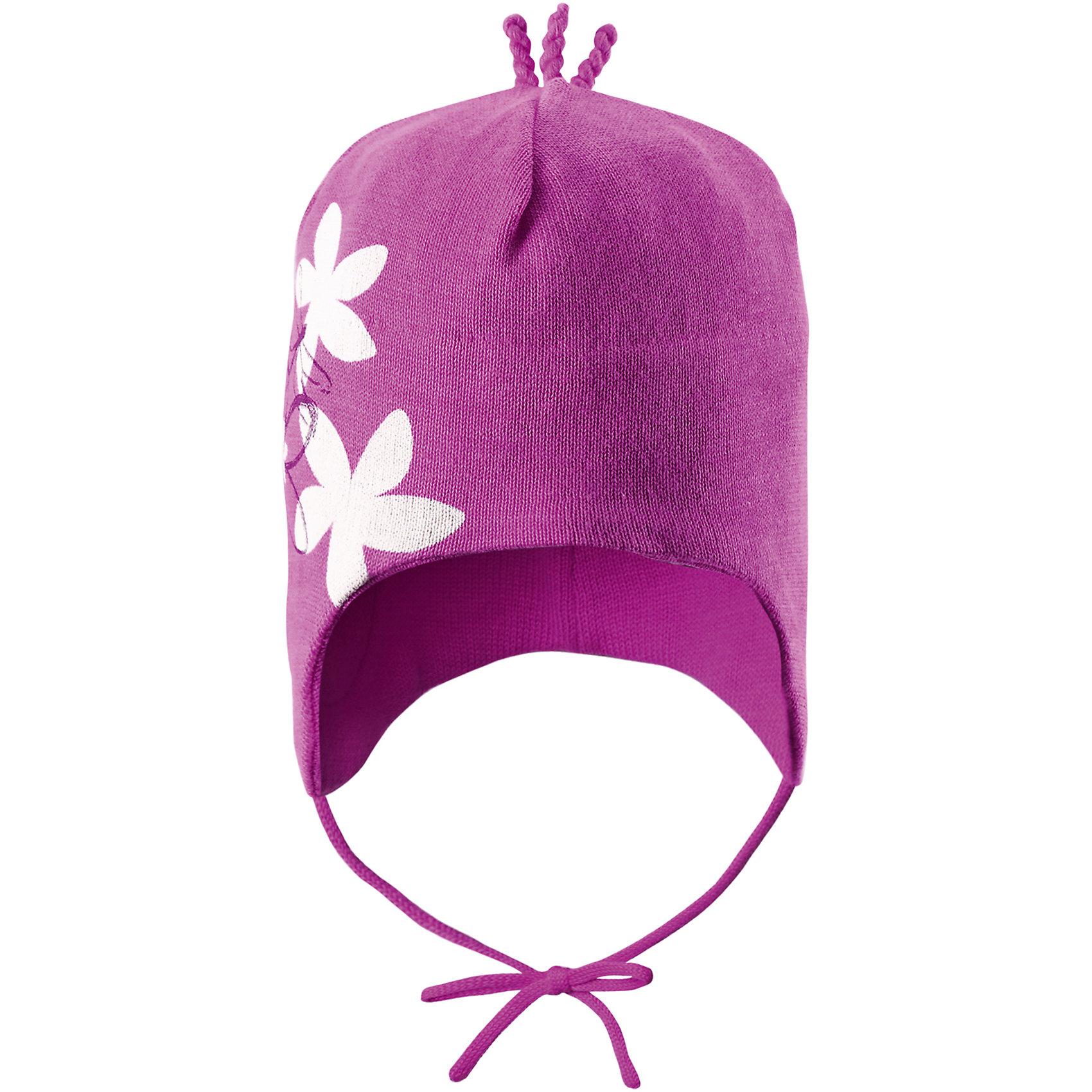 Шапка для девочки ReimaСила цветов для маленьких супергероев! Эта очаровательная шапочка для малышей, изготовленная из легкого и дышащего вязаного хлопчатобумажного материала — превосходный выбор для веселого денька в парке или детском саду. Ветронепроницаемые вставки в области ушей обеспечивают ушкам дополнительную защиту, а декоративные ниточки на макушке завершают образ. <br><br>Дополнительная информация:<br><br>Шапка «Бини» для малышей<br>Эластичная хлопчатобумажная ткань<br>Ветронепроницаемые вставки в области ушей<br>Частичная подкладка: хлопчатобумажная ткань<br>Логотип Reima® сзади<br>Декоративный принт спереди<br>Декоративные элементы сверху<br>Состав:<br>100% хлопок<br>Уход:<br>Стирать по отдельности, вывернув наизнанку. Придать первоначальную форму вo влажном виде. Возможна усадка 5 %.<br><br>Ширина мм: 89<br>Глубина мм: 117<br>Высота мм: 44<br>Вес г: 155<br>Цвет: розовый<br>Возраст от месяцев: 9<br>Возраст до месяцев: 12<br>Пол: Женский<br>Возраст: Детский<br>Размер: 50,46,52,48<br>SKU: 4498045