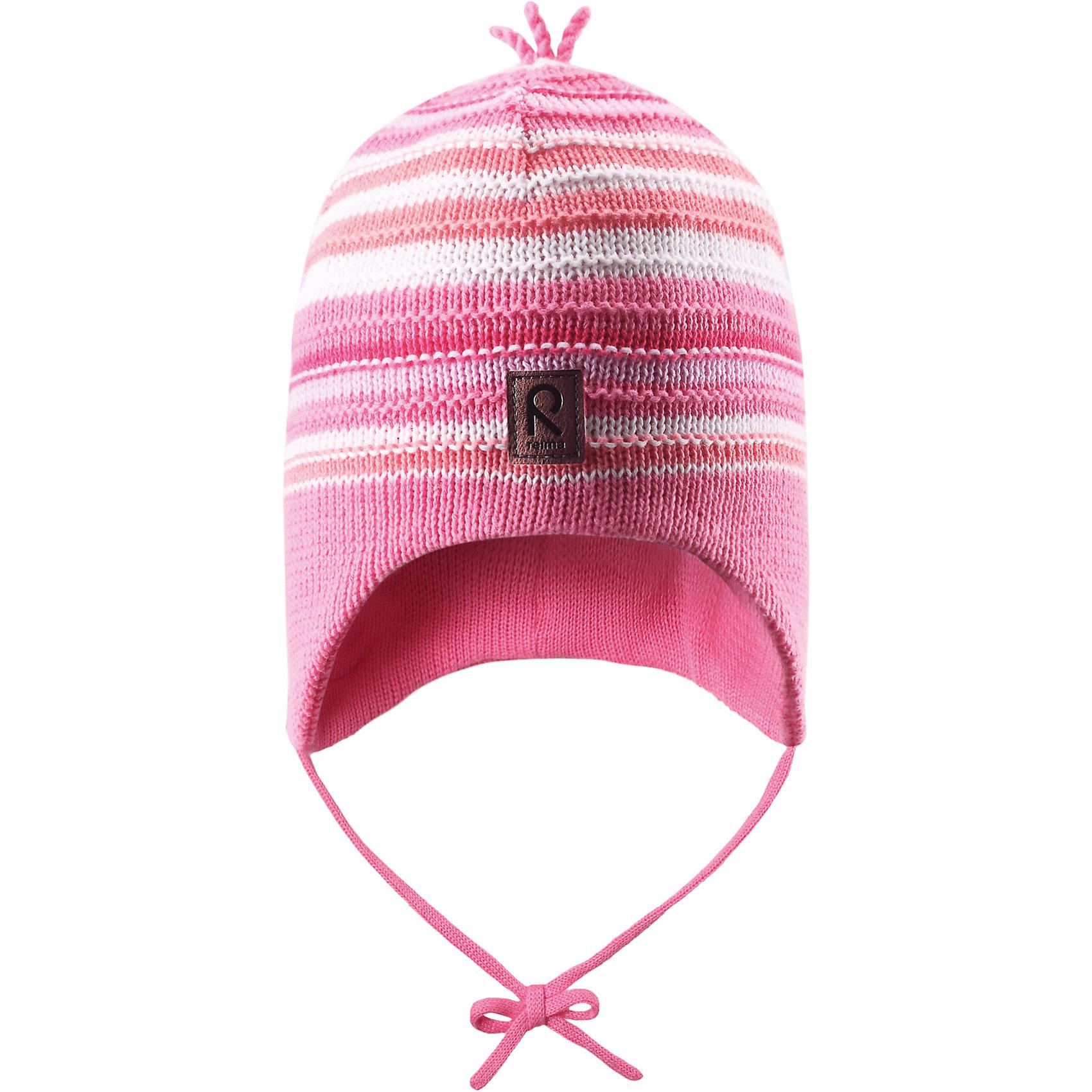 Шапка для девочки ReimaШапки и шарфы<br>Весне мы дарим свежесть красок! Эта веселая полосатая шапочка для малышей — идеальный выбор для теплых весенних деньков. Она изготовлена из мягкого вязаного хлопка и имеет ветронепроницаемые вставки, которые обеспечат ушкам надежную защиту. <br><br>Дополнительная информация:<br><br>Шапка «Бини» для малышей<br>Эластичная хлопчатобумажная ткань<br>Ветронепроницаемые вставки в области ушей<br>Частичная подкладка: хлопчатобумажная ткань<br>Логотип Reima® спереди<br>Состав:<br>100% хлопок<br>Уход:<br>Стирать по отдельности, вывернув наизнанку. Придать первоначальную форму вo влажном виде. Возможна усадка 5 %.<br><br>Ширина мм: 89<br>Глубина мм: 117<br>Высота мм: 44<br>Вес г: 155<br>Цвет: розовый<br>Возраст от месяцев: 9<br>Возраст до месяцев: 12<br>Пол: Женский<br>Возраст: Детский<br>Размер: 46,48,52,50<br>SKU: 4498055