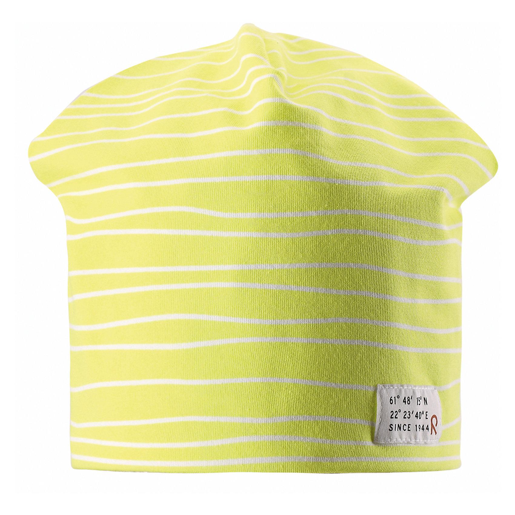 Шапка ReimaГоловные уборы<br>Эта эффектная шапочка свежей расцветки для малышей и детей постарше — великолепный выбор для всех маленьких покорителей природы! Шапочка изготовлена из простого в уходе и быстросохнущего материла Play Jersey®, эффективно выводящего влагу с кожи во время подвижных игр на свежем воздухе. Обратите внимание, что она имеет УФ-защиту 40+. Стиля много не бывает! Озорная двухсторонняя шапочка в одно мгновение превращается из полосатой в однотонную! <br><br>Дополнительная информация:<br><br>Двухсторонняя шапка «Бини» для детей и малышей<br>Быстросохнущий материал Play Jersey, приятный на ощупь<br>Фактор защиты от ультрафиолета 40+<br>Двухсторонняя модель<br>Сплошная подкладка: отводящий влагу материал Play Jersey<br>Логотип Reima® спереди<br>Веселые цветовые сочетания<br>Состав:<br>65% ХЛ 30% ПЭ 5% ЭЛ<br>Уход:<br>Стирать с бельем одинакового цвета, вывернув наизнанку. Полоскать без специального средства. Придать первоначальную форму вo влажном виде.<br><br>Ширина мм: 89<br>Глубина мм: 117<br>Высота мм: 44<br>Вес г: 155<br>Цвет: желтый<br>Возраст от месяцев: 84<br>Возраст до месяцев: 144<br>Пол: Унисекс<br>Возраст: Детский<br>Размер: 56,54,50,52<br>SKU: 4498118
