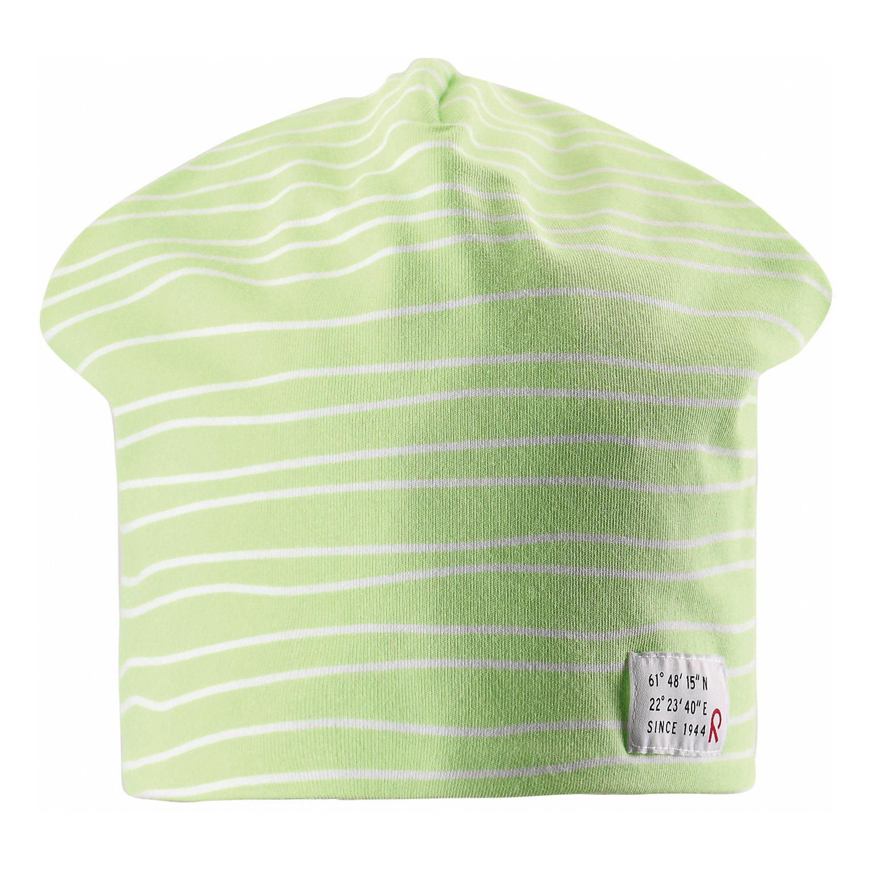 Шапка ReimaЭта эффектная шапочка свежей расцветки для малышей и детей постарше — великолепный выбор для всех маленьких покорителей природы! Шапочка изготовлена из простого в уходе и быстросохнущего материла Play Jersey®, эффективно выводящего влагу с кожи во время подвижных игр на свежем воздухе. Обратите внимание, что она имеет УФ-защиту 40+. Стиля много не бывает! Озорная двухсторонняя шапочка в одно мгновение превращается из полосатой в однотонную! <br><br>Дополнительная информация:<br><br>Двухсторонняя шапка «Бини» для детей и малышей<br>Быстросохнущий материал Play Jersey, приятный на ощупь<br>Фактор защиты от ультрафиолета 40+<br>Двухсторонняя модель<br>Сплошная подкладка: отводящий влагу материал Play Jersey<br>Логотип Reima® спереди<br>Веселые цветовые сочетания<br>Состав:<br>65% ХЛ 30% ПЭ 5% ЭЛ<br>Уход:<br>Стирать с бельем одинакового цвета, вывернув наизнанку. Полоскать без специального средства. Придать первоначальную форму вo влажном виде.<br><br>Ширина мм: 89<br>Глубина мм: 117<br>Высота мм: 44<br>Вес г: 155<br>Цвет: зеленый<br>Возраст от месяцев: 84<br>Возраст до месяцев: 144<br>Пол: Унисекс<br>Возраст: Детский<br>Размер: 56,54,50,52<br>SKU: 4498143