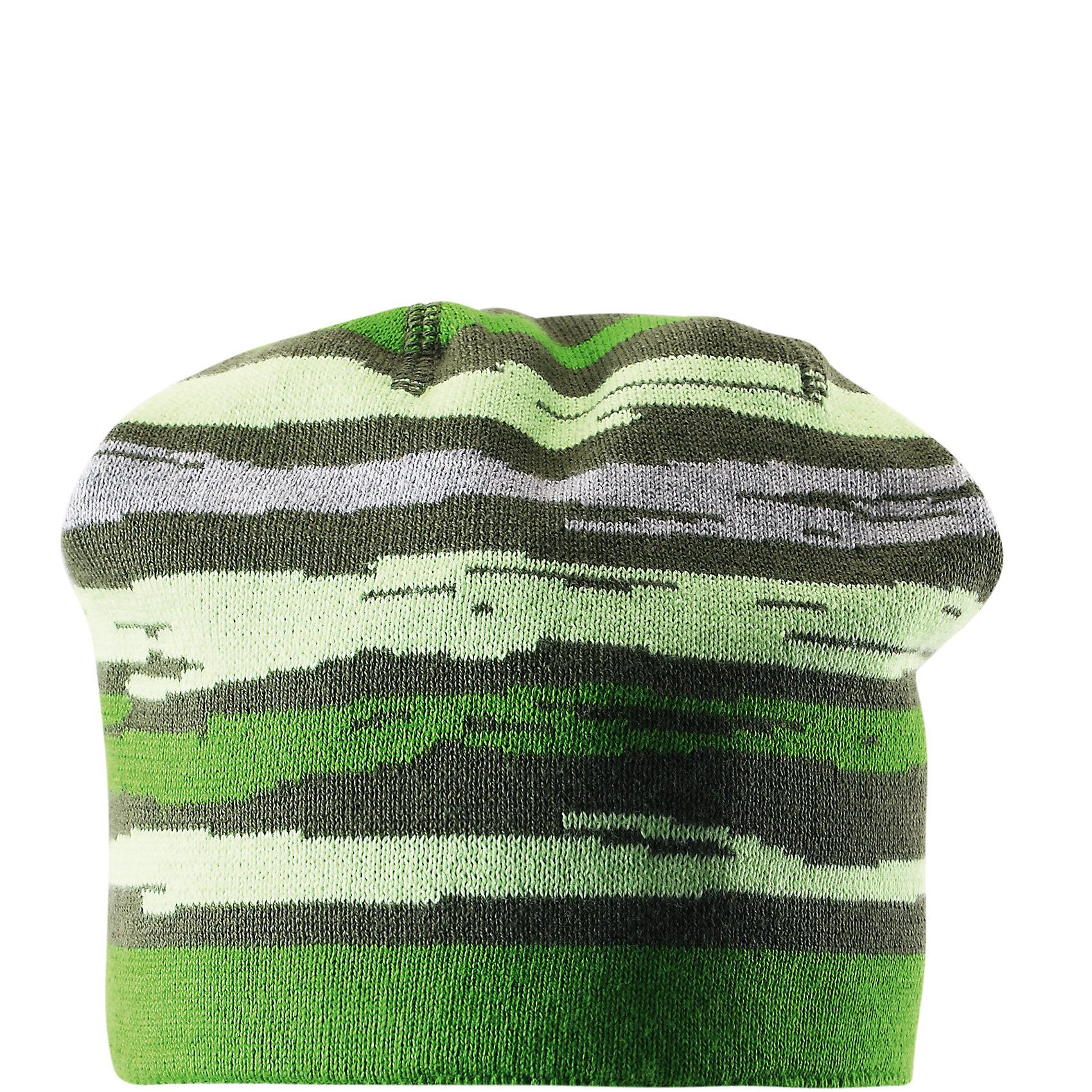 Шапка для мальчика ReimaШапки и шарфы<br>Эта повседневная шапочка из хлопка для детей и подростков украшена красочными полосками! Она изготовлена из мягкого и дышащего вязаного материала, очень приятного на ощупь. Красивая жаккардовая вязка смотрится просто супер. <br><br>Дополнительная информация:<br><br>Шапка «Бини» для детей<br>Эластичная хлопчатобумажная ткань<br>Логотип Reima® сзади<br>Жаккардовый вязаный узор по всей поверхности<br>Состав:<br>100% хлопок<br>Уход:<br>Стирать по отдельности, вывернув наизнанку. Придать первоначальную форму вo влажном виде. Возможна усадка 5 %.<br><br>Ширина мм: 89<br>Глубина мм: 117<br>Высота мм: 44<br>Вес г: 155<br>Цвет: зеленый<br>Возраст от месяцев: 36<br>Возраст до месяцев: 48<br>Пол: Мужской<br>Возраст: Детский<br>Размер: 52,50,54,56<br>SKU: 4498178