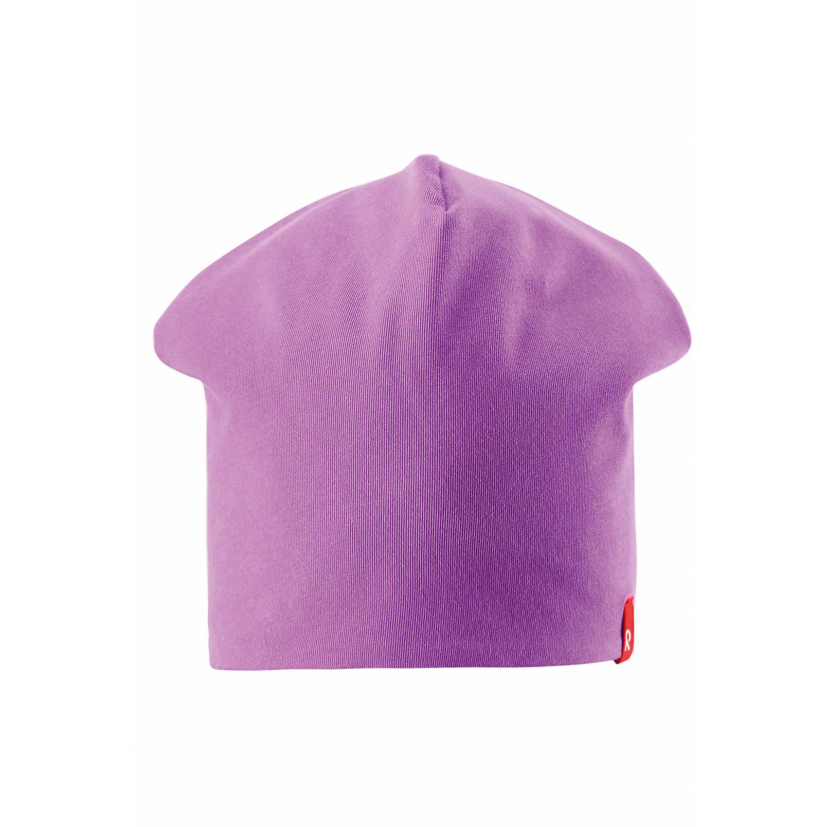 Шапка для девочки ReimaЭта яркая шапочка свежей расцветки для малышей и детей постарше идеально подойдет для веселых весенних приключений! Она изготовлена из простого в уходе и быстросохнущего материла Play Jersey®, эффективно выводящего влагу с кожи во время подвижных игр на свежем воздухе. Обратите внимание, что она имеет УФ-защиту 40+. Стиля много не бывает! Озорная двухсторонняя шапочка в одно мгновение превращается из полосатой в однотонную! <br><br>Дополнительная информация:<br><br>Двухсторонняя шапка «Бини» для детей и малышей<br>Быстросохнущий материал Play Jersey, приятный на ощупь<br>Фактор защиты от ультрафиолета 40+<br>Двухсторонняя модель<br>Сплошная подкладка: отводящий влагу материал Play Jersey<br>Логотип Reima® спереди<br>Состав:<br>65% ХЛ 30% ПЭ 5% ЭЛ<br>Уход:<br>Стирать с бельем одинакового цвета, вывернув наизнанку. Полоскать без специального средства. Придать первоначальную форму вo влажном виде.<br><br>Ширина мм: 89<br>Глубина мм: 117<br>Высота мм: 44<br>Вес г: 155<br>Цвет: розовый<br>Возраст от месяцев: 72<br>Возраст до месяцев: 84<br>Пол: Женский<br>Возраст: Детский<br>Размер: 54,46,56,48,50,52<br>SKU: 4498230