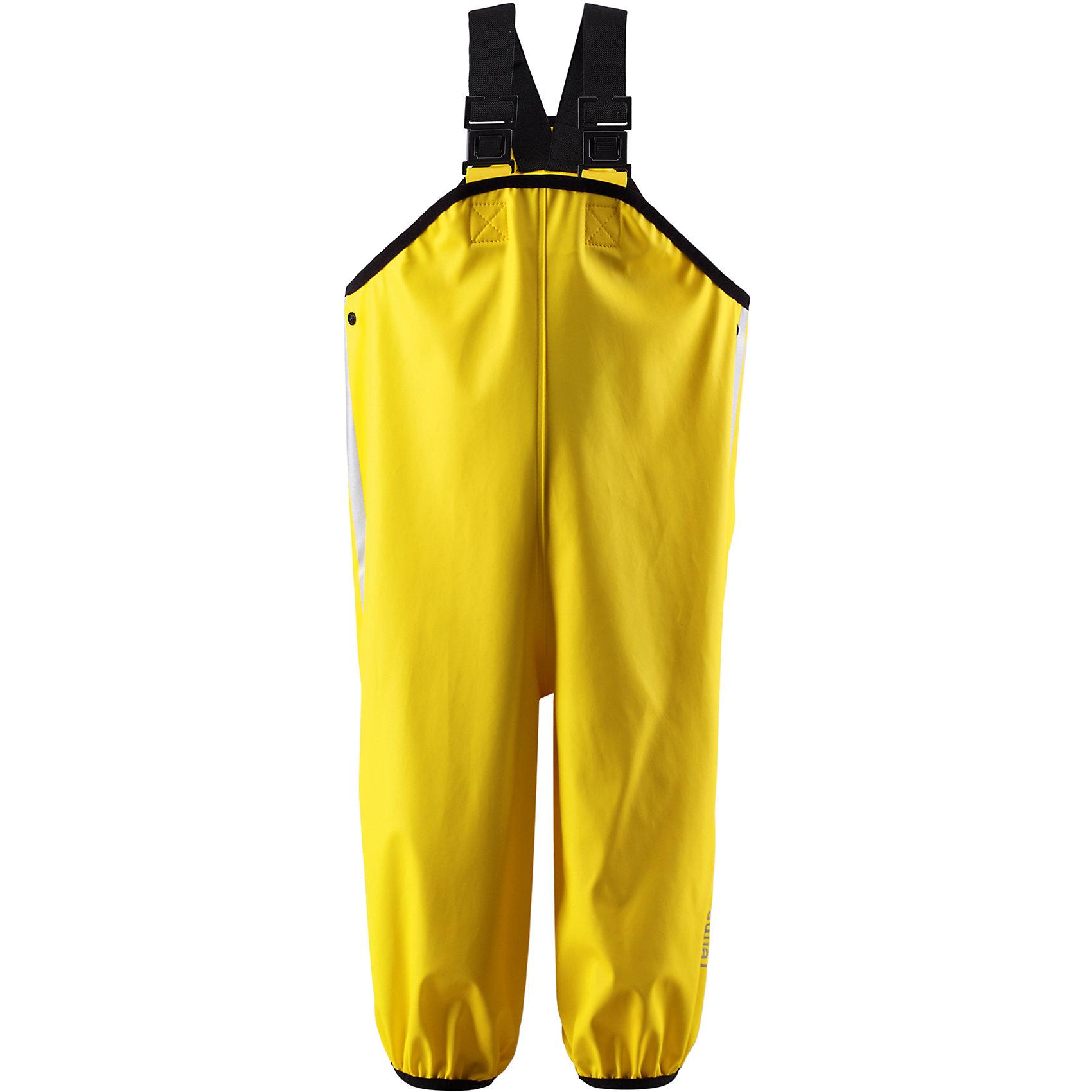 Непромокаемый полукомбинезон ReimaОдежда<br>Дети и лужи – отличное сочетание! Если только первые хорошо защищены. Эти классические брюки для дождливой погоды – безопасны в любую погоду. Материал - мягкий, но водонепроницаемый и грязеотталкивающий. Он также износостойкий и не «деревенеет» на морозе, поэтому брюки можно носить круглый год. Так как швы запаяны, они – абсолютно водонепроницаемы. Удобные эластичные подтяжки удерживают брюки во время активных игр, в то время как штрипки зафиксируют брючины внутри голенищ резиновых ботинок. Без подкладки. Отличный вариант для дождливой погоды.<br><br>Дополнительная информация:<br><br>Брюки для дождливой погоды для детей и малышей<br>Запаянные швы, не пропускающие влагу<br>Эластичный материал<br>Без ПХВ<br>Регулируемый обхват талии<br>Эластичная резинка на штанинах<br>Съемные эластичные штрипки<br>Регулируемые эластичные подтяжки<br>Безопасные светоотражающие детали<br>Состав:<br>100% ПЭ, ПУ-покрытие<br>Уход:<br>Стирать по отдельности, вывернув наизнанку. Стирать моющим средством, не содержащим отбеливающие вещества. Полоскать без специального средства. Во избежание изменения цвета изделие необходимо вынуть из стиральной машинки незамедлительно после окончания программы стирки. Сушить при низкой температуре.<br><br>Ширина мм: 215<br>Глубина мм: 88<br>Высота мм: 191<br>Вес г: 336<br>Цвет: желтый<br>Возраст от месяцев: 84<br>Возраст до месяцев: 96<br>Пол: Унисекс<br>Возраст: Детский<br>Размер: 128,74,116,80,98,92,86,122,110,104<br>SKU: 4498532