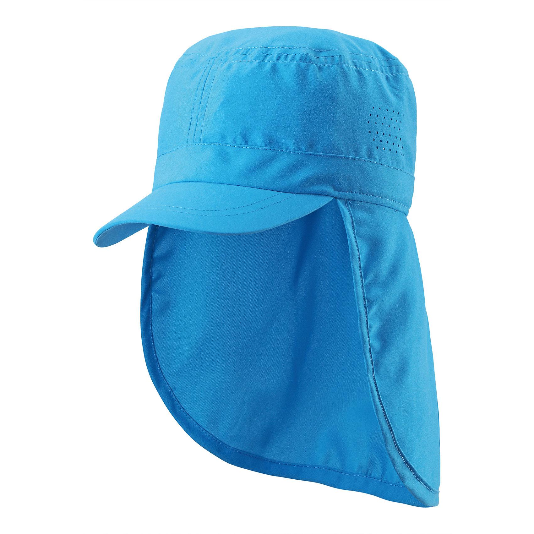 Кепка для мальчика ReimaА давайте отправимся на солнечное сафари! Защитите шею и лицо с помощью классической шляпы из материала SunProof. Защитный головной убор для малышей и детей постарше разработан для разнообразнейших игр на солнце. Сделанная из водо- и грязеотталкивающего материала SunProof с УФ-фильтром 50+, шляпа обеспечивает эффективную защиту от вредных солнечных лучей.<br><br>Дополнительная информация:<br><br>Солнцезащитная панама для детей и малышей<br>Фактор защиты от ультрафиолета 50+<br>Удлинненый край изделия защищает шею<br>Боковые отверстия для вентиляции<br>Состав:<br>100% ПЭ<br>Уход:<br>Стирать по отдельности. Полоскать без специального средства. Сушить при низкой температуре.<br><br>Ширина мм: 195<br>Глубина мм: 172<br>Высота мм: 104<br>Вес г: 72<br>Цвет: синий<br>Возраст от месяцев: 72<br>Возраст до месяцев: 1188<br>Пол: Унисекс<br>Возраст: Детский<br>Размер: 54,56,50,52,48<br>SKU: 4498805