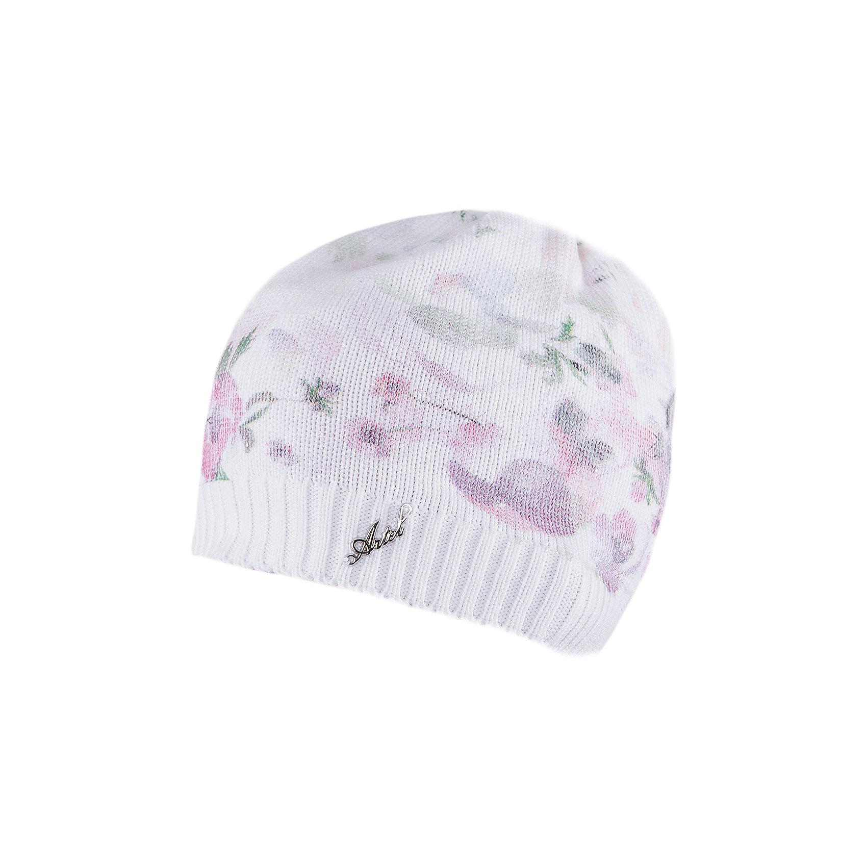 Шапка для девочки АртельШапка для девочки от торговой марки Артель <br><br>Стильная шапка отлично смотрится на детях и комфортно сидит. Эта модель создана специально для девочек. Изделие выполнено из качественных материалов. Смешанный состав пряжи обеспечит износостойкость и удобство. Отличный вариант для переменной погоды межсезонья! <br>Одежда от бренда Артель – это высокое качество по приемлемой цене и всегда продуманный дизайн. <br><br>Особенности модели: <br>- цвет — белый; <br>- украшена цветочным принтом; <br>- пряжа смешанного состава. <br><br>Дополнительная информация: <br><br>Состав: 50% хлопок, 50% пан.<br><br><br>Температурный режим: <br>от -10 °C до +10 °C <br><br>Шапку для девочки Артель (Artel) можно купить в нашем магазине.<br><br>Ширина мм: 89<br>Глубина мм: 117<br>Высота мм: 44<br>Вес г: 155<br>Цвет: белый<br>Возраст от месяцев: 96<br>Возраст до месяцев: 108<br>Пол: Женский<br>Возраст: Детский<br>Размер: 56,52,54,50<br>SKU: 4500349
