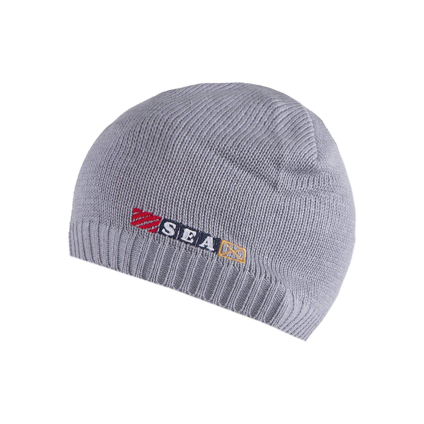 Шапка для мальчика АртельШапка для мальчика от торговой марки Артель <br><br>Модная шапка отлично смотрится на детях, обеспечивает комфорт и тепло. Изделие выполнено из качественных материалов, вязка плотная. Смешанный состав пряжи обеспечит износостойкость и удобство. Отличный вариант для переменной погоды межсезонья! <br>Одежда от бренда Артель – это высокое качество по приемлемой цене и всегда продуманный дизайн. <br><br>Особенности модели: <br>- цвет — серый; <br>- украшена вышивкой; <br>- пряжа смешанного состава. <br><br>Дополнительная информация: <br><br>Состав: 50% хлопок, 50% пан.<br><br><br>Температурный режим: <br>От -5 °C до +15 °C <br><br>Шапку для мальчика Артель (Artel) можно купить в нашем магазине.<br><br>Ширина мм: 89<br>Глубина мм: 117<br>Высота мм: 44<br>Вес г: 155<br>Цвет: серый<br>Возраст от месяцев: 96<br>Возраст до месяцев: 108<br>Пол: Мужской<br>Возраст: Детский<br>Размер: 56,52,54<br>SKU: 4500491