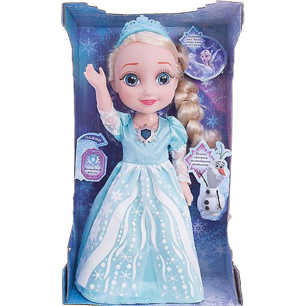 Кукла Эльза, со светящимся амулетом и платьем, 35 см, Холодное сердце, КарапузИгрушки<br>Кукла Эльза, со светящимся амулетом и платьем, 35 см, Холодное сердце, Карапуз - эта кукла приведет в восторг поклонниц Холодное сердце.<br>Кукла Эльза олицетворяет собой главную героиню популярного анимационного фильма Холодное сердце от компании Дисней, в детстве. У куколки реалистичные пластиковые глаза и густые ресницы, которые делают взгляд особенно выразительным. Маленькая принцесса Эльза одета в пышное королевское платье и туфельки, а ее красивые локоны украшены тиарой. Ручки и ножки куколки подвижны, а волосы можно расчесывать. Нажмите на волшебный медальон на шее принцессы или поднимите ее руку вверх, и Эльза споет красивую песню Отпусти и забудь из фильма Холодное сердце, а ее платье засверкает волшебными огоньками. Игра с куклой Эльзой подарит ребенку много удовольствия и возможность окунуться в атмосферу добра и волшебства, которая царит в мультфильме.<br><br>Дополнительная информация:<br><br>- Высота: 35 см.<br>- Материалы: пластик, текстиль<br>- Батарейки: 3 типа ААА (входят в комплект)<br><br>Куклу Эльза, со светящимся амулетом и платьем, 35 см, Холодное сердце, Карапуз можно купить в нашем интернет-магазине.<br><br>Ширина мм: 230<br>Глубина мм: 380<br>Высота мм: 120<br>Вес г: 920<br>Возраст от месяцев: 36<br>Возраст до месяцев: 144<br>Пол: Женский<br>Возраст: Детский<br>SKU: 4500787