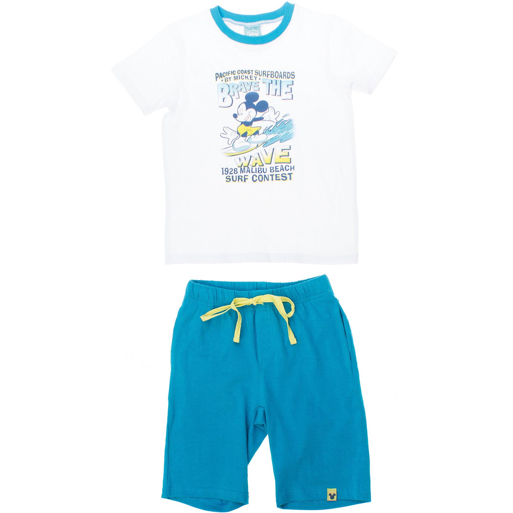 Комплект: футболка и шорты для мальчика PlayTodayКомплект: футболка и шорты для мальчика PlayToday <br><br>Состав: 95% хлопок, 5% эластан <br><br>Футболка:<br>Украшена водным принтом с Микки-Маусом<br>Воротник на мягкой резинке бирюзового цвета<br>Шорты:<br>Яркий бирюзовый цвет<br>Пояс на резинке<br>Есть утягивающий шнурок<br><br>Ширина мм: 199<br>Глубина мм: 10<br>Высота мм: 161<br>Вес г: 151<br>Цвет: разноцветный<br>Возраст от месяцев: 60<br>Возраст до месяцев: 72<br>Пол: Мужской<br>Возраст: Детский<br>Размер: 110,98,104,116,122,128<br>SKU: 4503562