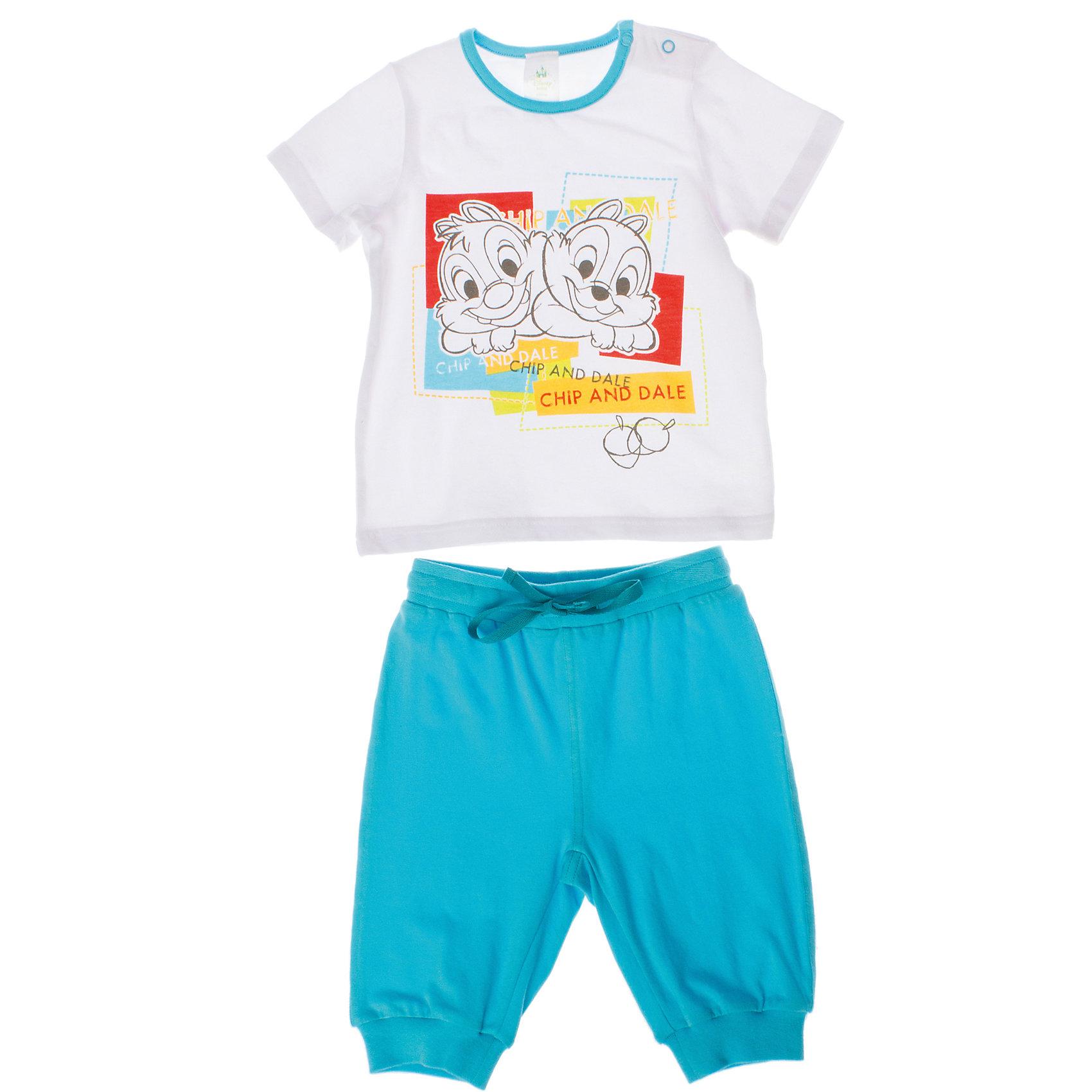Комплект: майка и шорты для мальчика PlayTodayКомплекты<br>Комплект: майка и шорты для мальчика PlayToday <br><br>Состав: 95% хлопок, 5% эластан <br><br>Майка: <br>Застежки-кнопки на плече<br>Украшена водным принтом <br>На воротнике бейка голубого цвета<br>Шорты:<br>Пояс и низ на широкой мягкой резинке<br>Есть регулирующий шнурок<br><br>Ширина мм: 199<br>Глубина мм: 10<br>Высота мм: 161<br>Вес г: 151<br>Цвет: разноцветный<br>Возраст от месяцев: 9<br>Возраст до месяцев: 12<br>Пол: Мужской<br>Возраст: Детский<br>Размер: 74,92,86,80<br>SKU: 4503717
