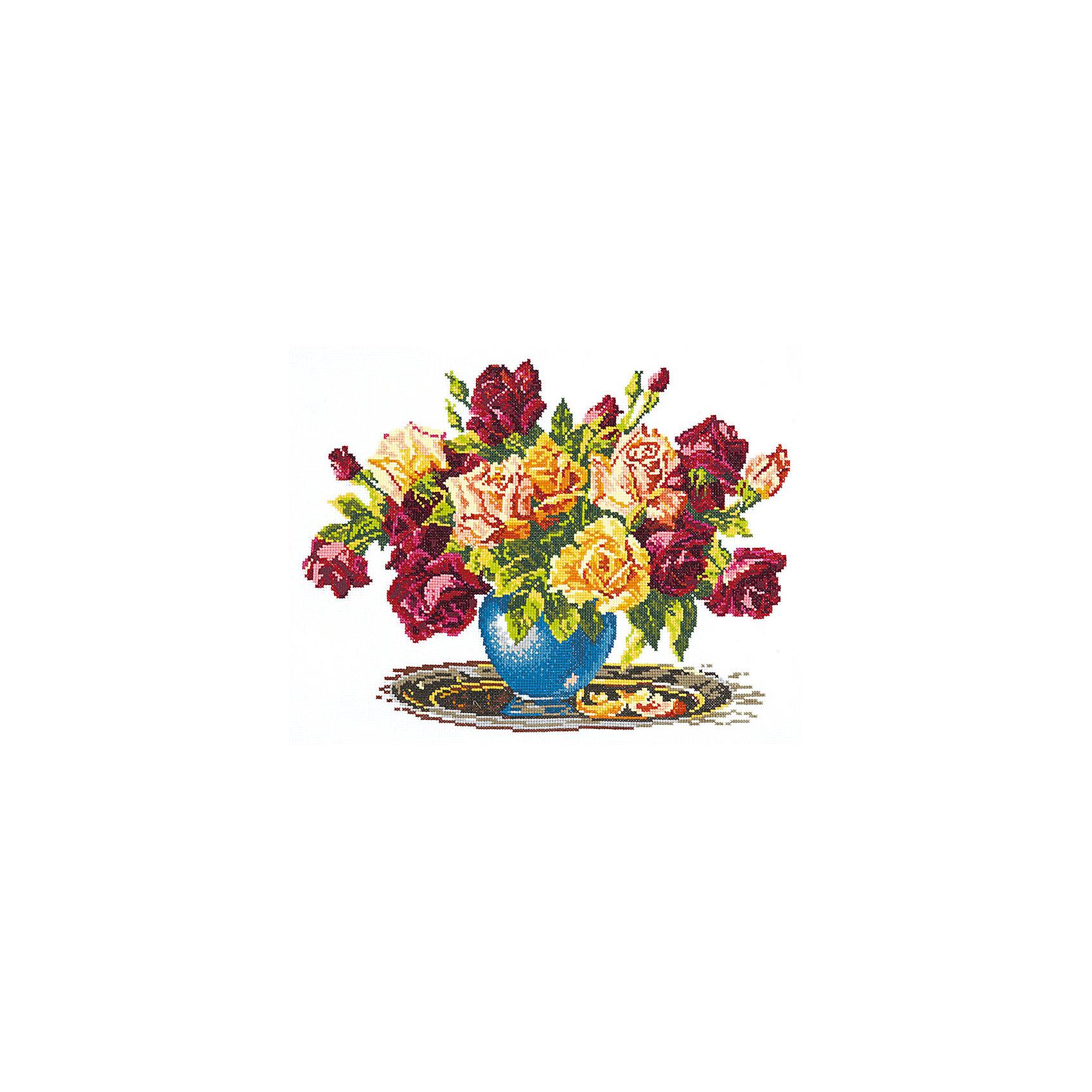 Набор для вышивания крестом «Розы»Набор для вышивания крестом «Розы» – это отличный подарок для маленьких рукодельниц!<br>Набор для вышивания крестом «Розы», несомненно, доставит удовольствие каждому ребенку. Вышивание - очень увлекательное занятие. Простота исполнения основного элемента (крестика) позволит даже начинающему любителю рукоделия достичь потрясающего результата. На вышивке изображен роскошный букет роз. Схема вышивки детально проработана. Набор порадует вас насыщенными красками, идеально подобранными нитками, а также канвой, которая имеет равномерную структуру, образующую отчетливые квадратики и отверстия в углах этих квадратов, облегчающие проведение иглы и весь процесс вышивки. А законченная вышивка прекрасно украсит любой интерьер, создаст уютную атмосферу в доме или станет самым ценным для друзей и знакомых. Вышивание крестиком поможет ребенку научиться пользоваться инструментами для шитья и поспособствует развитию творческих способностей.<br><br>Дополнительная информация:<br><br>- В наборе: нитки мулине 24 цвета; игла для вышивания №24; канва Аида 14, белого цвета (без рисунка); черно-белая схема для вышивания; краткая инструкция на русском языке<br>- Мулине: 100% хлопок<br>- Канва Аида 14: 100% хлопок, 55 клеточек на 10 см.<br>- Размер готового изделия: 34 х 26 см.<br>- Техника: счетный крест<br>- Сложность: средняя<br><br>Набор для вышивания крестом «Розы» можно купить в нашем интернет-магазине.<br><br>Ширина мм: 350<br>Глубина мм: 200<br>Высота мм: 50<br>Вес г: 200<br>Возраст от месяцев: 84<br>Возраст до месяцев: 168<br>Пол: Женский<br>Возраст: Детский<br>SKU: 4518081