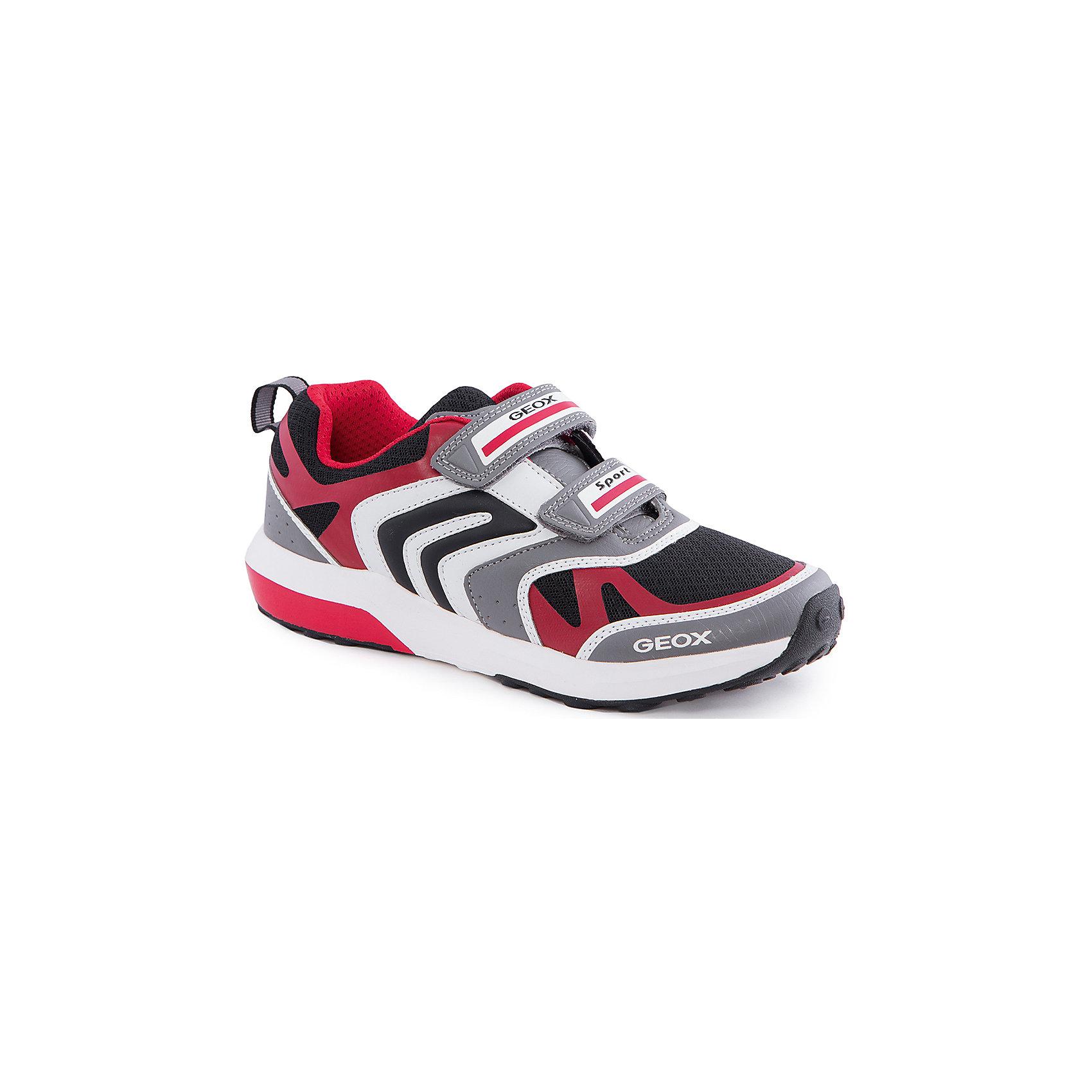 Кроссовки для мальчика GEOXКроссовки для мальчика от популярной марки GEOX (Геокс).<br><br>Практичные и дышащие кроссовки - отличная обувь для занятий спортом и не только! Модель очень стильно и оригинально смотрится.<br>Производитель обуви заботится не только о внешнем виде, но и стабильно высоком качестве продукции. GEOX (Геокс) разработал специальную дышащую подошву, которая не пропускает влагу внутрь, а также высокотехнологичную стельку.<br><br>Отличительные особенности модели:<br><br>- цвет: серый;<br>- декорированы красными, черными и белыми элементами;<br>- гибкая водоотталкивающая подошва с дышащей мембраной;<br>- мягкий и легкий верх;<br>- защита пальцев и пятки;<br>- стильный дизайн;<br>- удобная застежка-липучка;<br>- комфортное облегание;<br>- верх обуви и подкладка сделаны без использования хрома.<br><br>Дополнительная информация:<br><br>- Температурный режим: от +10° С до 25° С.<br><br>- Состав:<br><br>материал верха: текстиль, синтетический материал<br>материал подкладки: текстиль<br>подошва: 100% резина<br><br>Кроссовки для мальчика GEOX (Геокс) (Геокс) можно купить в нашем магазине.<br><br>Ширина мм: 250<br>Глубина мм: 150<br>Высота мм: 150<br>Вес г: 250<br>Цвет: серый<br>Возраст от месяцев: 48<br>Возраст до месяцев: 60<br>Пол: Мужской<br>Возраст: Детский<br>Размер: 28,30,32,31,29,33,34,35,36,37,27,26<br>SKU: 4519016