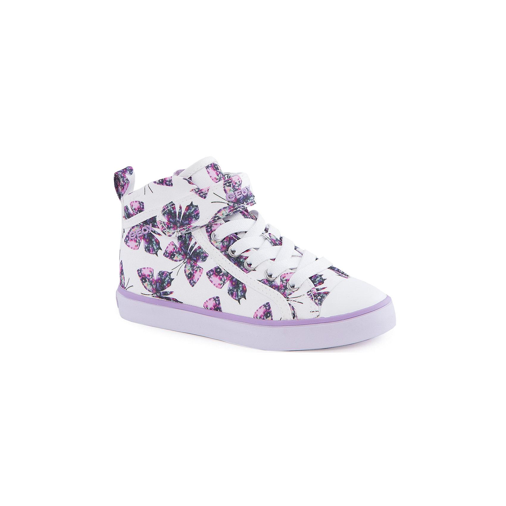Кеды для девочки GeoxКеды<br>Ботинки для девочки от популярной марки GEOX (Геокс).<br><br>Эти светлые Ботинки с принтом - отличная обувь для нового весеннего сезона. Модель очень стильно и оригинально смотрится.<br>Производитель обуви заботится не только о внешнем виде, но и стабильно высоком качестве продукции. GEOX (Геокс) разработал специальную дышащую подошву, которая не пропускает влагу внутрь, а также высокотехнологичную стельку.<br><br>Отличительные особенности модели:<br><br>- цвет: белый;<br>- украшены принтом с бабочками;<br>- гибкая водоотталкивающая подошва с дышащей мембраной;<br>- мягкий и легкий верх;<br>- защита пальцев;<br>- стильный дизайн;<br>- удобная застежка-молния сбоку, шнуровка, липучка;<br>- комфортное облегание;<br>- верх обуви и подкладка сделаны без использования хрома.<br><br>Дополнительная информация:<br><br>- Температурный режим: от +10° С до 25° С.<br><br>- Состав:<br><br>материал верха: текстиль, синтетический материал<br>материал подкладки: текстиль<br>подошва: 100% резина<br><br>Ботинки для девочки GEOX (Геокс) (Геокс) можно купить в нашем магазине.<br><br>Ширина мм: 250<br>Глубина мм: 150<br>Высота мм: 150<br>Вес г: 250<br>Цвет: белый<br>Возраст от месяцев: 96<br>Возраст до месяцев: 108<br>Пол: Женский<br>Возраст: Детский<br>Размер: 32,35,29,34,37,31,36,33,30,28,27,26<br>SKU: 4519105