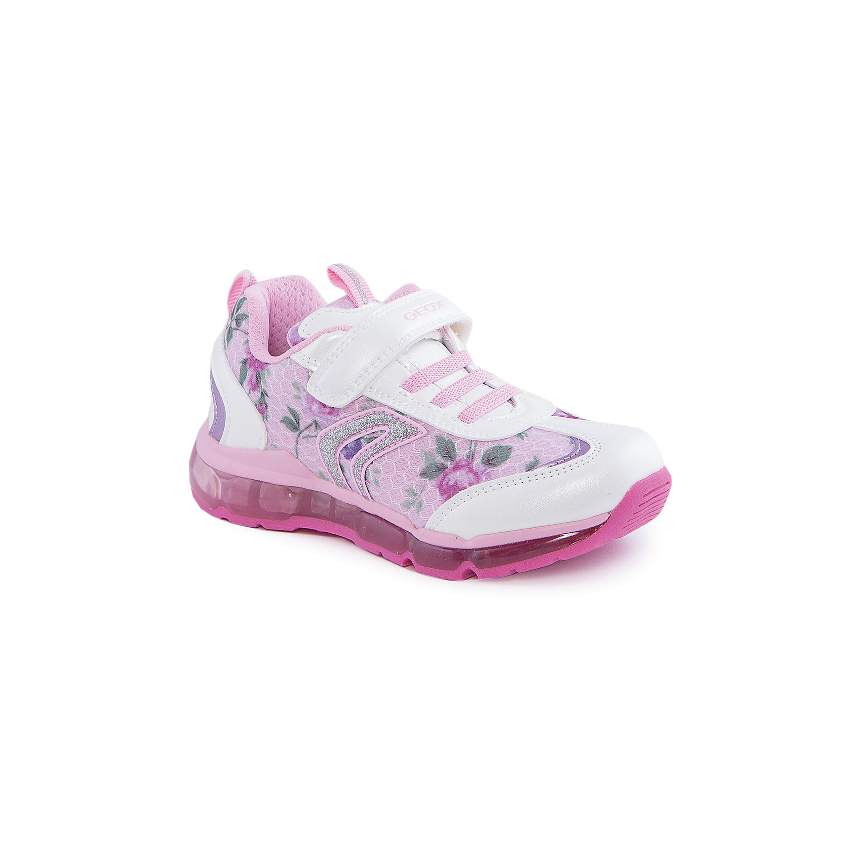 Кроссовки со светодиодами для девочки GEOXКроссовки для девочки от популярной марки GEOX (Геокс).<br><br>Яркие розовые кроссовки - отличная обувь для нового весеннего сезона. Модель очень стильно и оригинально смотрится.<br>Производитель обуви заботится не только о внешнем виде, но и стабильно высоком качестве продукции. GEOX (Геокс) разработал специальную дышащую подошву, которая не пропускает влагу внутрь, а также высокотехнологичную стельку.<br><br>Отличительные особенности модели:<br><br>- цвет: розовый;<br>- украшены принтом, белыми и серебристыми элементами;<br>- гибкая водоотталкивающая подошва с дышащей мембраной;<br>- мягкий и легкий верх;<br>- защита пальцев и пятки;<br>- стильный дизайн;<br>- удобная застежка-липучка, шнуровка;<br>- комфортное облегание;<br>- верх обуви и подкладка сделаны без использования хрома.<br><br>Дополнительная информация:<br><br>- Температурный режим: от +10° С до 25° С.<br><br>- Состав:<br><br>материал верха: текстиль, синтетический материал<br>материал подкладки: текстиль<br>подошва: 100% резина<br><br>Кроссовки для девочки GEOX (Геокс) (Геокс) можно купить в нашем магазине.<br><br>Ширина мм: 250<br>Глубина мм: 150<br>Высота мм: 150<br>Вес г: 250<br>Цвет: белый<br>Возраст от месяцев: 72<br>Возраст до месяцев: 84<br>Пол: Женский<br>Возраст: Детский<br>Размер: 30,26,27,28,35,32,33,34,31,29<br>SKU: 4519467