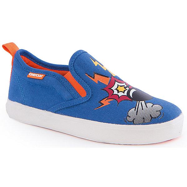 Слипоны для мальчика GeoxСлипоны<br>Слипоны для мальчика от популярной марки GEOX (Геокс).<br><br>Легкие текстильные Слипоны с принтом - отличная обувь для нового весеннего сезона. Модель очень стильно и оригинально смотрится.<br>Производитель обуви заботится не только о внешнем виде, но и стабильно высоком качестве продукции. GEOX (Геокс) разработал специальную дышащую подошву, которая не пропускает влагу внутрь, а также высокотехнологичную стельку.<br><br>Отличительные особенности модели:<br><br>- цвет: темно-синий;<br>- декорированы принтом;<br>- гибкая водоотталкивающая подошва с дышащей мембраной;<br>- мягкий и легкий верх;<br>- стильный дизайн;<br>- без застежек;<br>- комфортное облегание;<br>- верх обуви и подкладка сделаны без использования хрома.<br><br>Дополнительная информация:<br><br>- Температурный режим: от +10° С до 25° С.<br><br>- Состав:<br><br>материал верха: текстиль<br>материал подкладки: текстиль<br>подошва: 100% резина<br><br>Слипоны для мальчика GEOX (Геокс) (Геокс) можно купить в нашем магазине.<br>Ширина мм: 250; Глубина мм: 150; Высота мм: 150; Вес г: 250; Цвет: синий; Возраст от месяцев: 120; Возраст до месяцев: 132; Пол: Мужской; Возраст: Детский; Размер: 34,32,26,28,29,30,31,33,36,38,39,37,35,27; SKU: 4519569;
