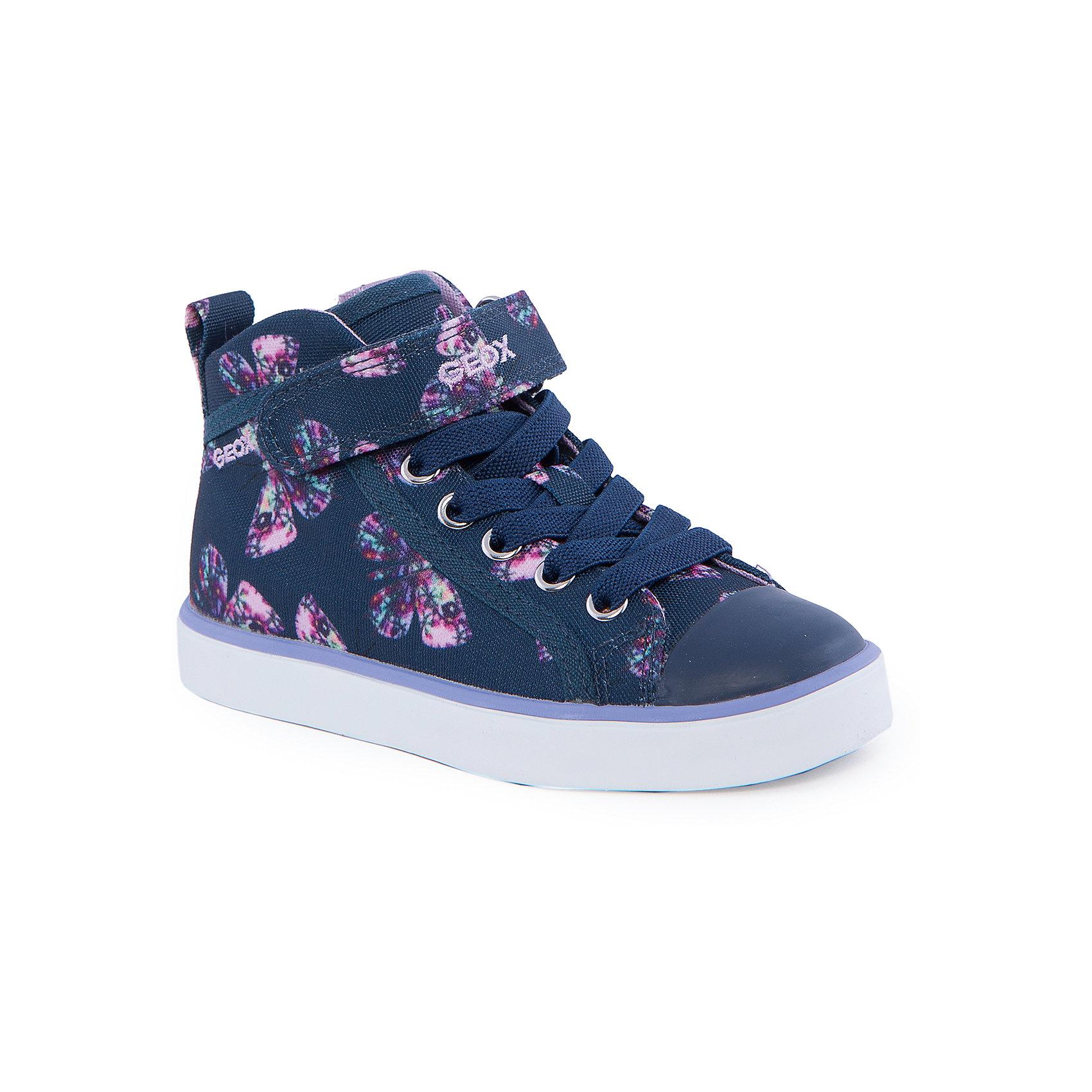 Кроссовки для девочки GEOXКроссовки для девочки от популярной марки GEOX (Геокс).<br><br>Стильные кроссовки разнообразят гардероб ребенка в новом сезоне! Эта модель создана специально для девочек, она очень стильно и оригинально смотрится.<br>Производитель обуви заботится не только о внешнем виде, но и стабильно высоком качестве продукции. GEOX (Геокс) разработал специальную высокотехнологичную стельку. Вся обувь делается только из качественных и надежных материалов.<br><br>Отличительные особенности модели:<br><br>- цвет: синий;<br>- декорирована принтом;<br>- прочная устойчивая подошва;<br>- мягкий и легкий верх;<br>- стильный дизайн;<br>- анатомическая антибактериальная стелька;<br>- удобная шнуровка, молния, липучка;<br>- комфортное облегание;<br>- подкладка - натуральная кожа;<br>- дышащие материалы (технология Geox Respira).<br><br>Дополнительная информация:<br><br>- Сезон: весна/лето.<br><br>- Состав:<br><br>материал верха: текстиль;<br>подошва: резина.<br><br>Кроссовки для девочки GEOX (Геокс) можно купить в нашем магазине.<br><br>Ширина мм: 250<br>Глубина мм: 150<br>Высота мм: 150<br>Вес г: 250<br>Цвет: синий<br>Возраст от месяцев: 96<br>Возраст до месяцев: 108<br>Пол: Женский<br>Возраст: Детский<br>Размер: 32,26,27,28,30,31,33,34,29<br>SKU: 4519814