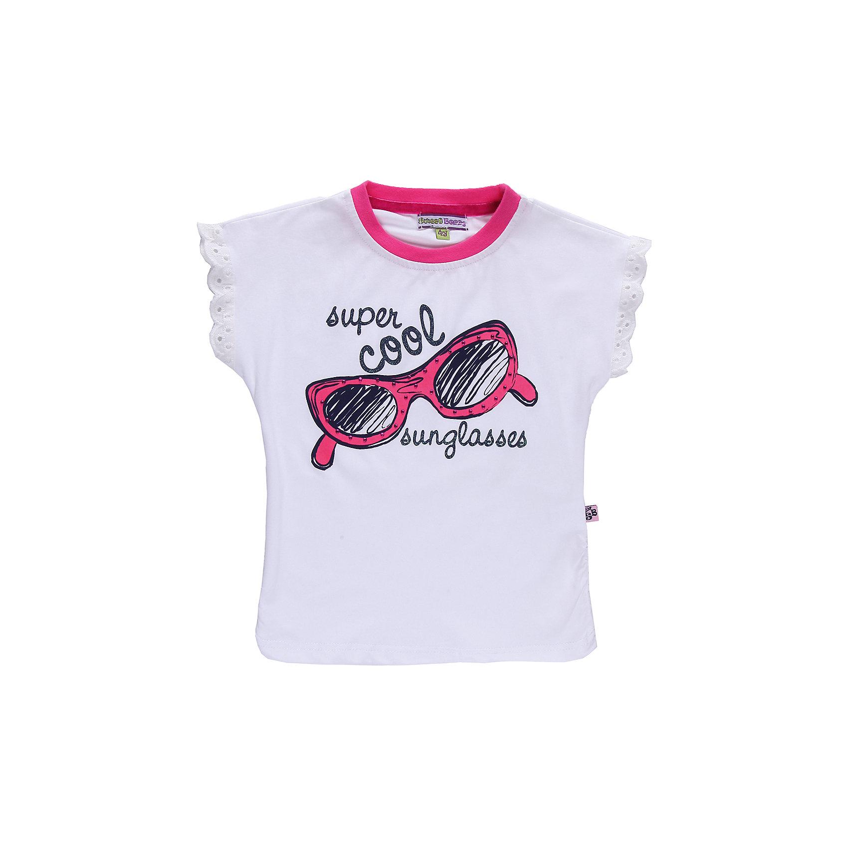 Футболка для девочки Sweet BerryРомантичная футболка из трикотажа. Декорирована кружевом и стразами.<br>Состав:<br>95% хлопок, 5% эластан<br><br>Ширина мм: 199<br>Глубина мм: 10<br>Высота мм: 161<br>Вес г: 151<br>Цвет: белый<br>Возраст от месяцев: 24<br>Возраст до месяцев: 36<br>Пол: Женский<br>Возраст: Детский<br>Размер: 98,110,104,128,122,116<br>SKU: 4520725