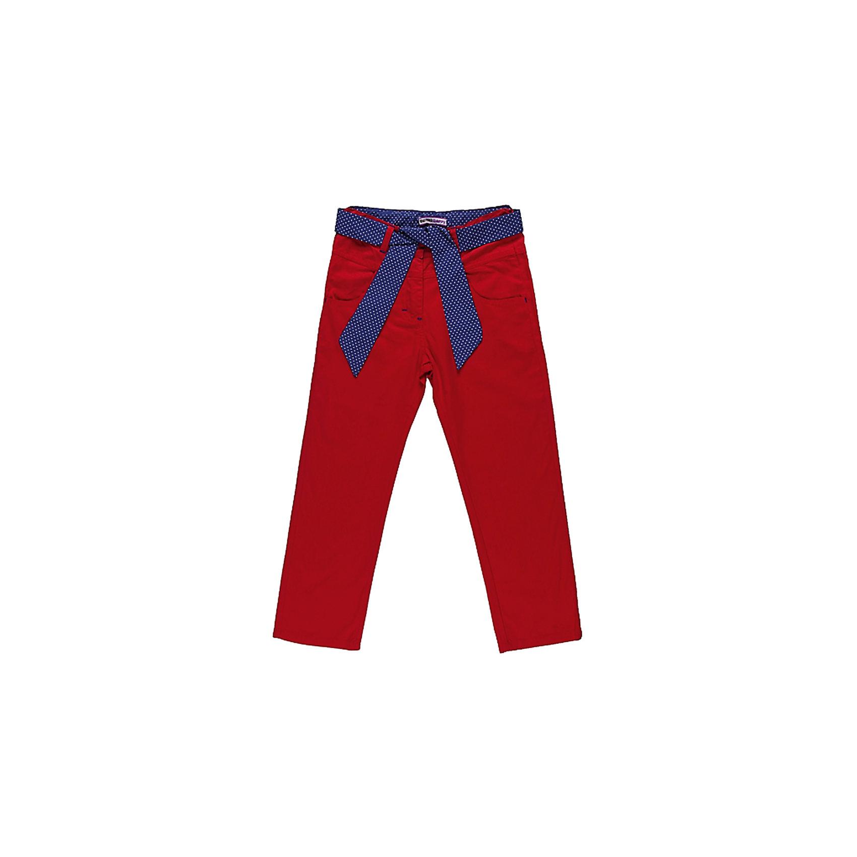 Брюки для девочки Sweet BerryБрюки<br>Летние брюки на девочку, из тонкого поплина. Четыре функциональных кармана, Модель дополнена текстильным поясом в горох. Есть утяжки.<br>Состав:<br>100% хлопок<br><br>Ширина мм: 215<br>Глубина мм: 88<br>Высота мм: 191<br>Вес г: 336<br>Цвет: красный<br>Возраст от месяцев: 24<br>Возраст до месяцев: 36<br>Пол: Женский<br>Возраст: Детский<br>Размер: 98,122,104,128,116,110<br>SKU: 4520965