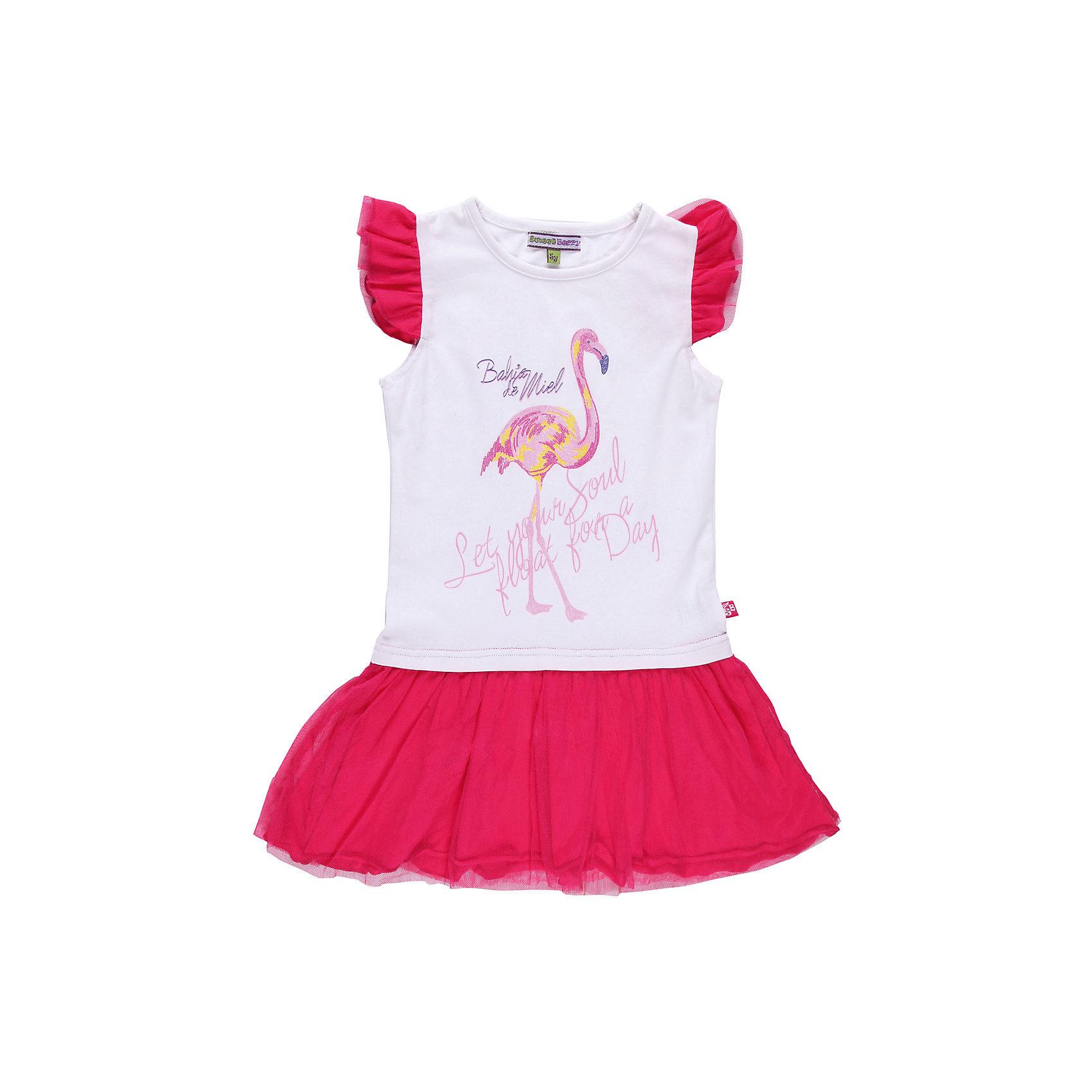 Платье для девочки Sweet BerryПлатья и сарафаны<br>Романтичное платье  из эластичного трикотажа  с элементами из сетки. Декорировано принтом с глитером.<br>Состав:<br>95% хлопок, 5% эластан<br><br>Ширина мм: 236<br>Глубина мм: 16<br>Высота мм: 184<br>Вес г: 177<br>Цвет: бело-розовый<br>Возраст от месяцев: 24<br>Возраст до месяцев: 36<br>Пол: Женский<br>Возраст: Детский<br>Размер: 98,116,110,128,104,122<br>SKU: 4521173