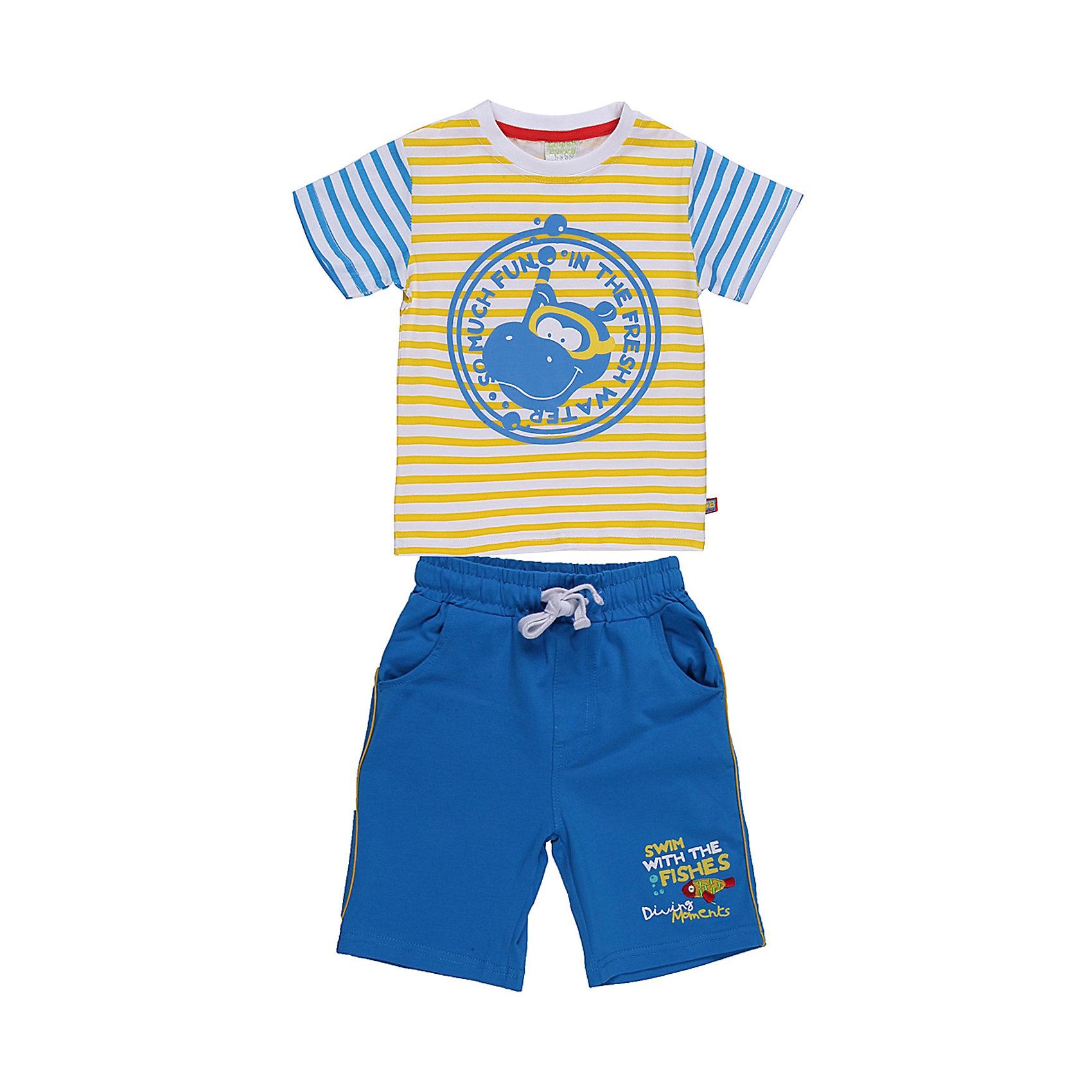Комплект для мальчика: футболка и шорты Sweet BerryЛетний комплект футболка и шорты для мальчика. Шорты на эластичном поясе с внутренней резинкой и дополнительным хлопковым шнурком. Футболка и шорты украшены веселым принтом.<br>Состав:<br>95% хлопок 5% эластан<br><br>Ширина мм: 199<br>Глубина мм: 10<br>Высота мм: 161<br>Вес г: 151<br>Цвет: разноцветный<br>Возраст от месяцев: 9<br>Возраст до месяцев: 12<br>Пол: Мужской<br>Возраст: Детский<br>Размер: 80,98,92,86<br>SKU: 4522174