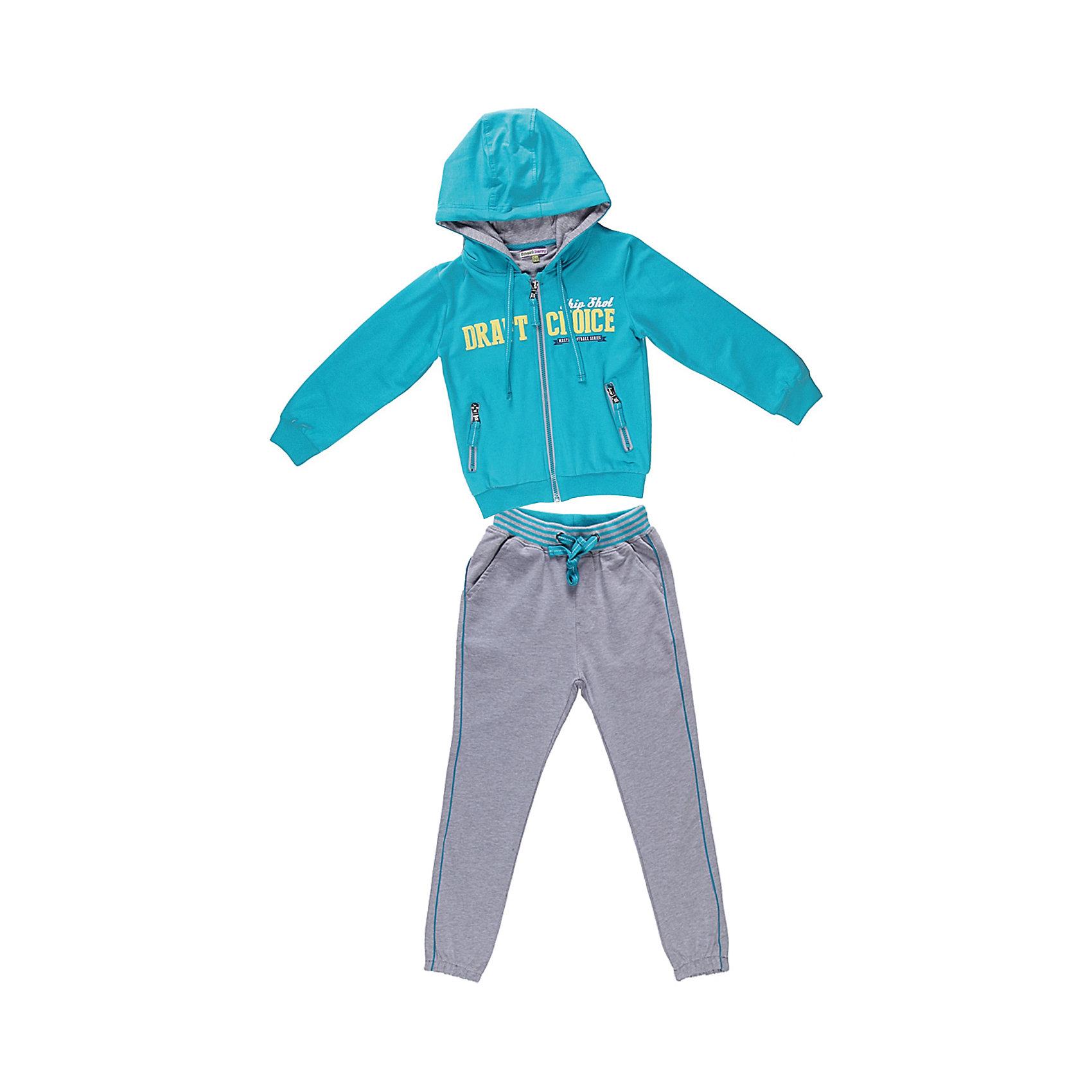 Спортивный костюм для мальчика Sweet BerryКомплекты<br>Яркий спортивный костюм для мальчика. Толстовка с капюшоном на яркой трикотажной подкладке. Украшена ярким принтом. Брюки на поясе с трикотажной резинкой, регулируется хлопковым шнурком.<br>Состав:<br>95% хлопок 5% эластан<br><br>Ширина мм: 247<br>Глубина мм: 16<br>Высота мм: 140<br>Вес г: 225<br>Цвет: серо-голубой<br>Возраст от месяцев: 24<br>Возраст до месяцев: 36<br>Пол: Мужской<br>Возраст: Детский<br>Размер: 98,104,128,122,116,110<br>SKU: 4522726