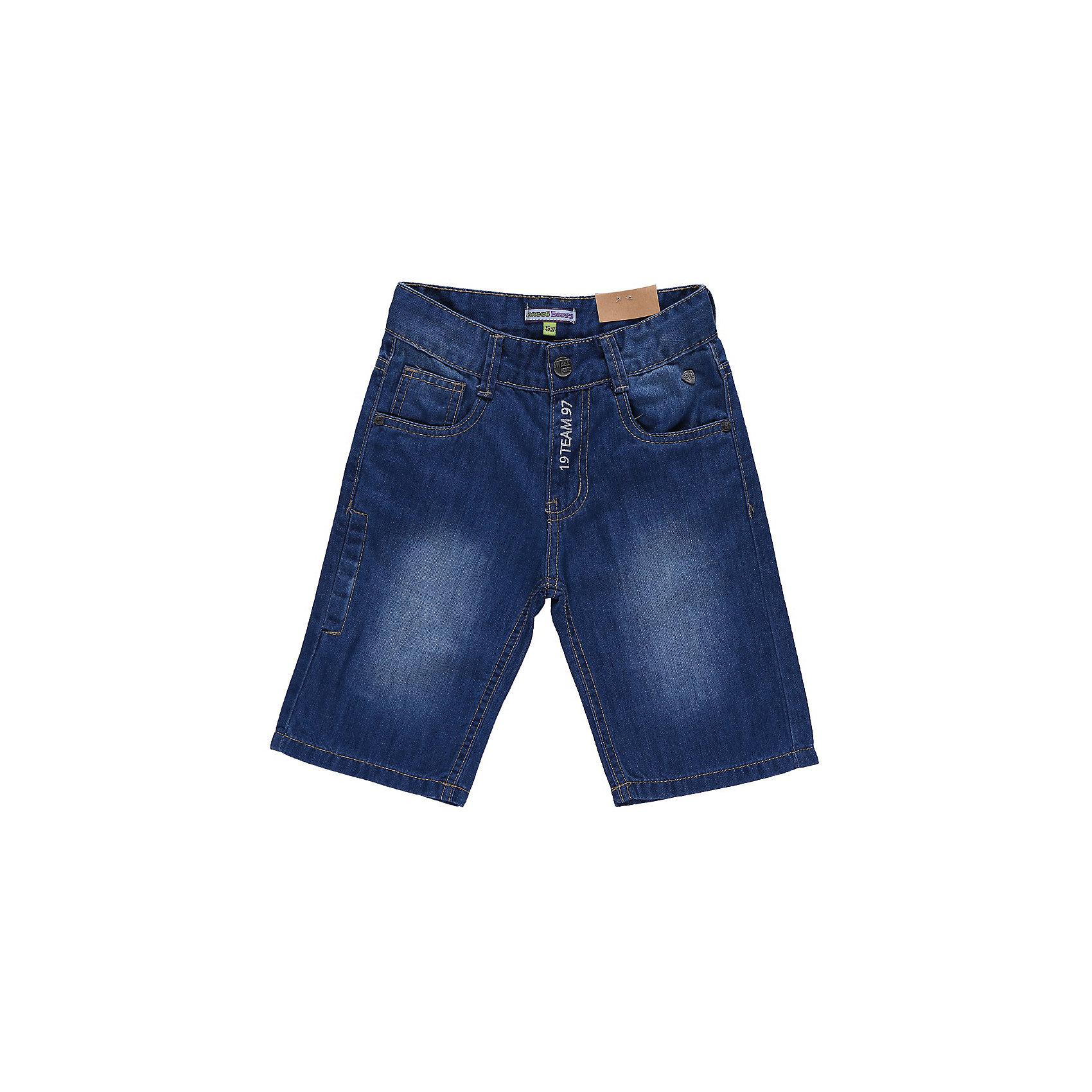 Бриджи джинсовые для мальчика Sweet BerryДжинсовая одежда<br>Джинсовые бриджи с вышивкой на гульфике и одним карманом сзади.<br>Состав:<br>100% хлопок<br><br>Ширина мм: 191<br>Глубина мм: 10<br>Высота мм: 175<br>Вес г: 273<br>Цвет: синий<br>Возраст от месяцев: 24<br>Возраст до месяцев: 36<br>Пол: Мужской<br>Возраст: Детский<br>Размер: 98,128,110,116,104,122<br>SKU: 4522817