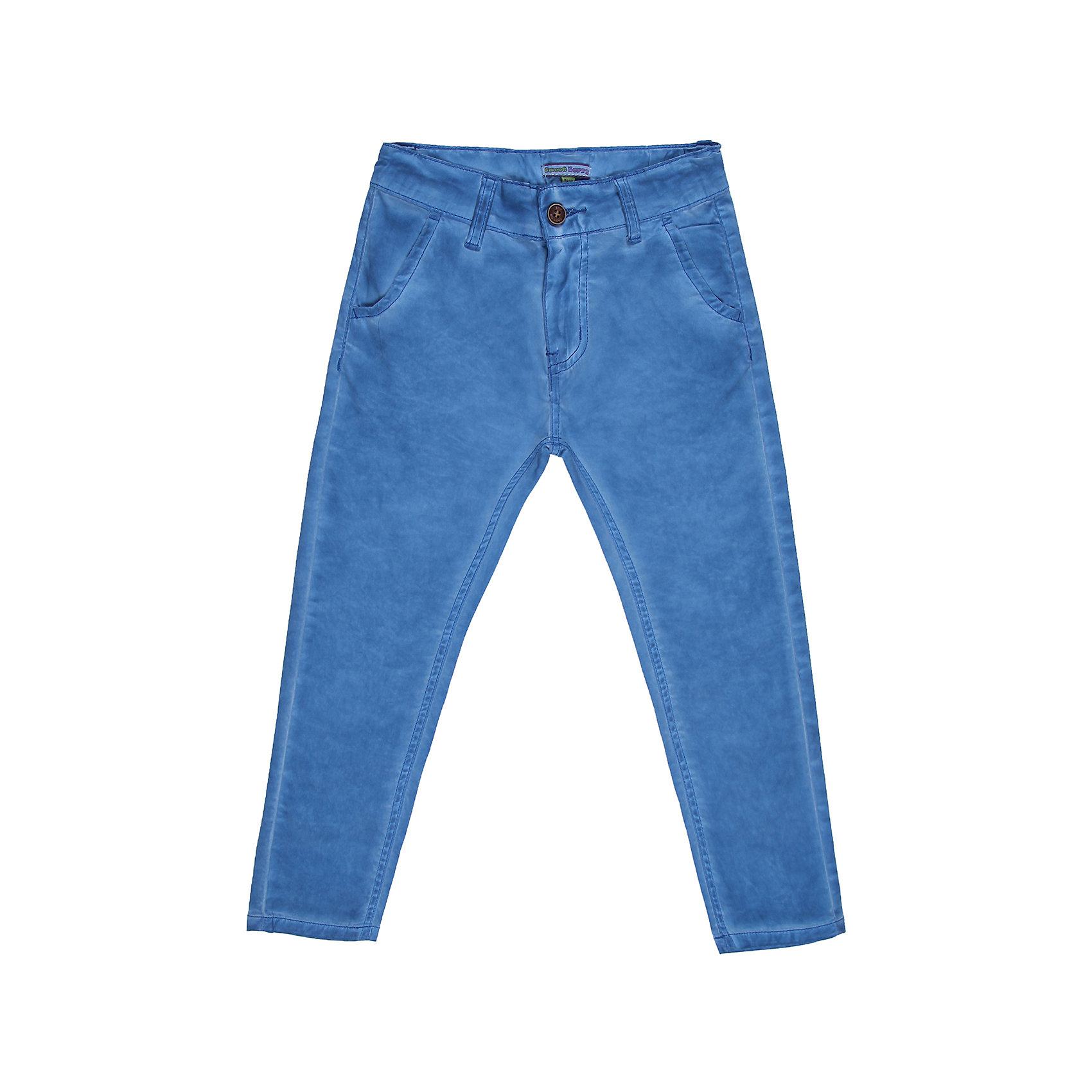 Брюки для мальчика Sweet BerryБрюки<br>Хлопковые брюки на мальчика, классический крой, четыре кармана. Отличный выбор на каждый день.<br>Состав:<br>98% хлопок 2%эластан<br><br>Ширина мм: 215<br>Глубина мм: 88<br>Высота мм: 191<br>Вес г: 336<br>Цвет: синий<br>Возраст от месяцев: 72<br>Возраст до месяцев: 84<br>Пол: Мужской<br>Возраст: Детский<br>Размер: 122,110,104,98,128,116<br>SKU: 4523006