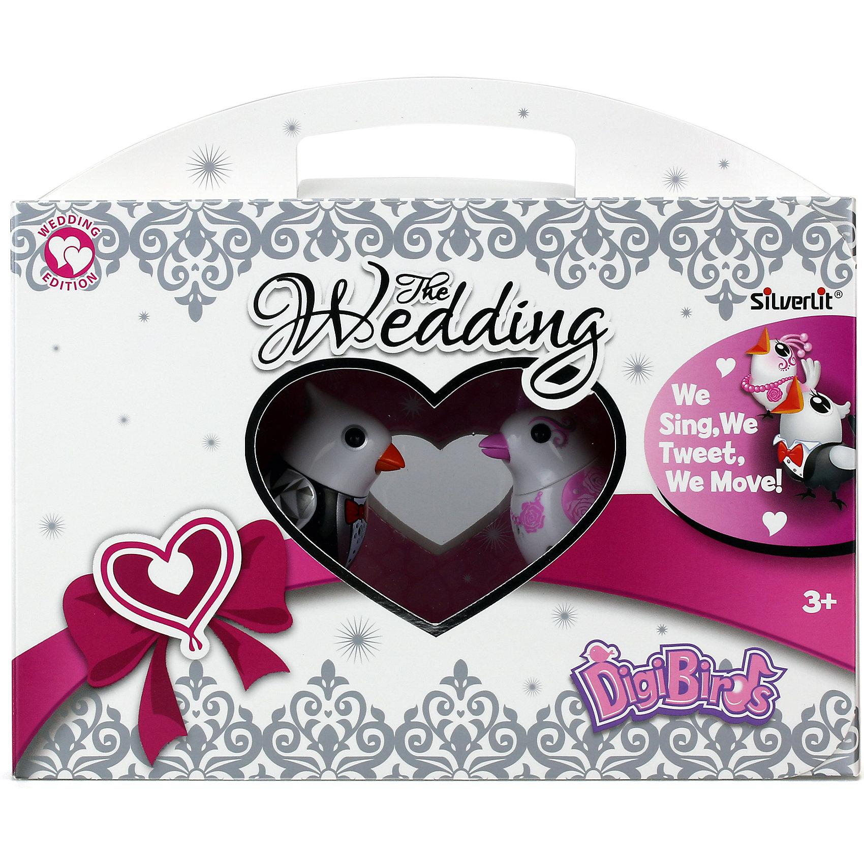 Поющие птички Жених и невеста, DigiBirdsПоющие птички - прекрасный подарок, который обязательно порадует ребенка. Птички в костюмах жениха и невесты могут исполнять мелодии как сольно, так и хором, чтобы они пели или щебетали, на них нужно подуть или посвистеть в свисток. Для каждой игрушки предусмотрено кольцо-свисток, которое надевается на палец, на нем можно закрепить свою птичку. <br><br>Дополнительная информация:<br><br>- Материал: пластик, металл.<br>- Размер упаковки: 15,2х12х12 см.<br>- 2 режима пения: соло и хор.<br>- 55 мелодий.<br>- Элемент питания: батарейки LR44 (в комплекте).<br><br>Поющих птичек Жених и невеста, DigiBirds (ДигиБердс), можно купить в нашем магазине.<br><br>Ширина мм: 76<br>Глубина мм: 152<br>Высота мм: 222<br>Вес г: 266<br>Возраст от месяцев: 36<br>Возраст до месяцев: 84<br>Пол: Унисекс<br>Возраст: Детский<br>SKU: 4533890