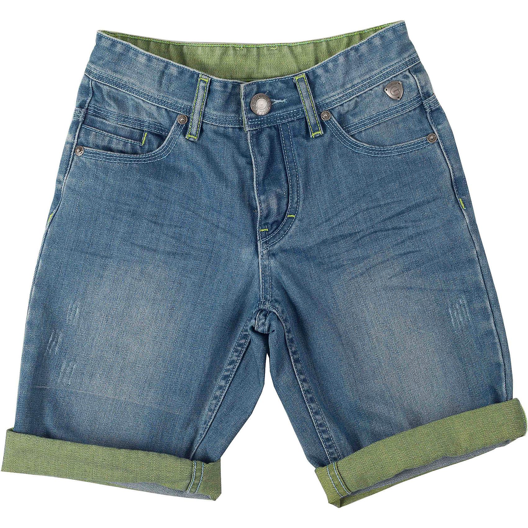 Шорты джинсовые для мальчика GulliverШорты, бриджи, капри<br>Как угнаться за детской модой? Мы только привыкли к повреждениям, потертостям и заплаткам на детских джинсовых изделиях, но дизайнеры уже придумали что-то новенькое! Голубые джинсовые шорты - непременный атрибут стиля casual, а значит модные джинсовые шорты на мальчика - изделие из разряда must have! Это стильный, комфортный элемент гардероба, идеально подходящий к любой футболке, майке, джемперу. Шорты выполнены из двусторонней джинсы, что позволяет акцентировать внимание на необычных цветных отворотах модели.<br>Состав:<br>80% хлопок 20% полиестер<br><br>Ширина мм: 191<br>Глубина мм: 10<br>Высота мм: 175<br>Вес г: 273<br>Цвет: голубой<br>Возраст от месяцев: 144<br>Возраст до месяцев: 156<br>Пол: Мужской<br>Возраст: Детский<br>Размер: 158,146,128,140,152,134<br>SKU: 4534318