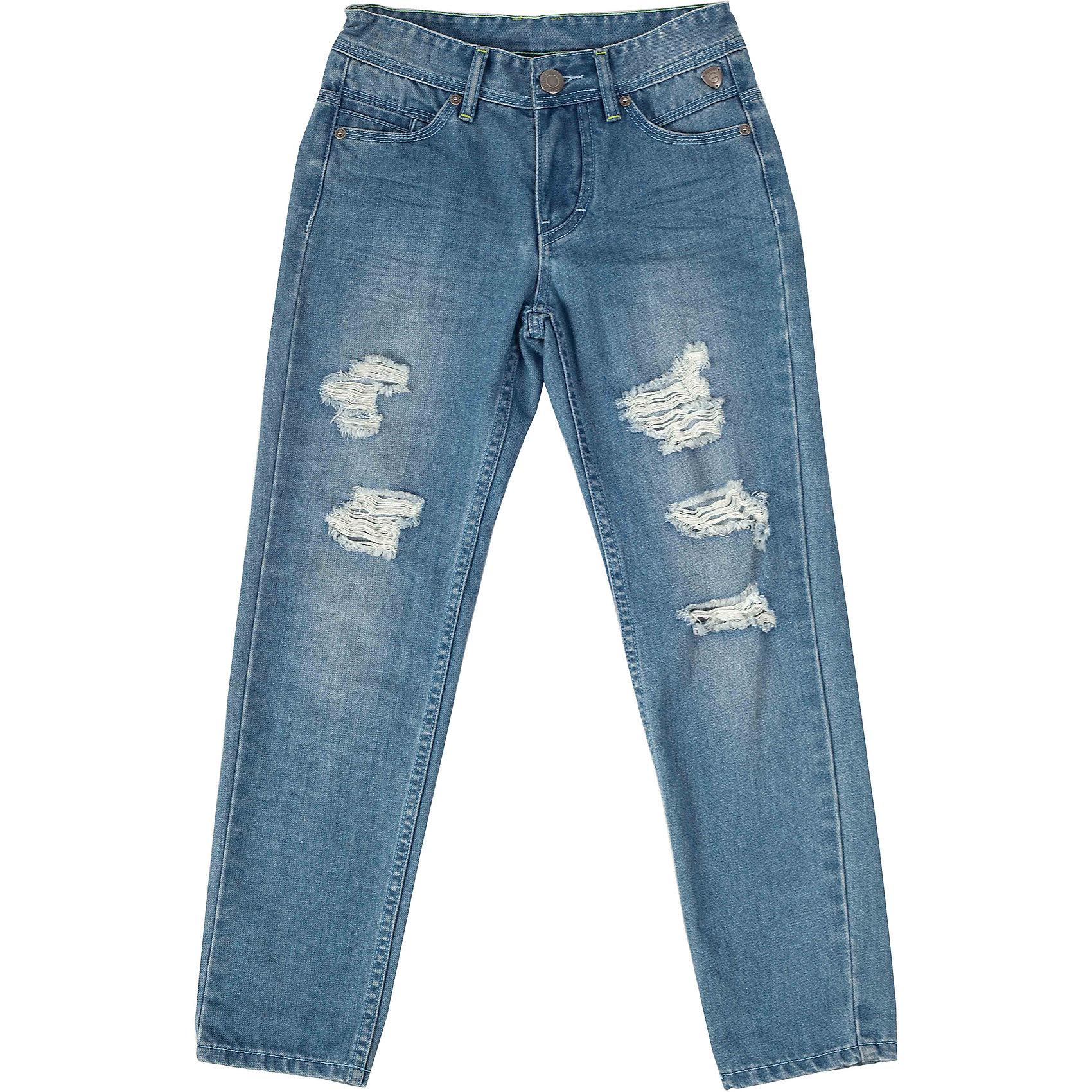 Брюки для мальчика GulliverОх уж эти модники... В гардеробе ребенка, конечно же, есть джинсы, но разве можно пройти мимо таких, настоящих, рваных, самых модных в сезоне Весна/Лето 2016? Стильные голубые джинсы для мальчика с потертостями, повреждениями и варкой сделают образ юного джентльмена современным! Голубые джинсы прямого силуэта, ставшие классикой повседневного стиля - идеальный вариант для теплой весенней погоды. Вы хотите купить стильные джинсы для мальчика? Обратите внимание на эту модель и ваш ребенок будет в восторге!<br>Состав:<br>80% хлопок 20% полиестер<br><br>Ширина мм: 215<br>Глубина мм: 88<br>Высота мм: 191<br>Вес г: 336<br>Цвет: голубой<br>Возраст от месяцев: 144<br>Возраст до месяцев: 156<br>Пол: Мужской<br>Возраст: Детский<br>Размер: 158,134,128,152,140,146<br>SKU: 4534339