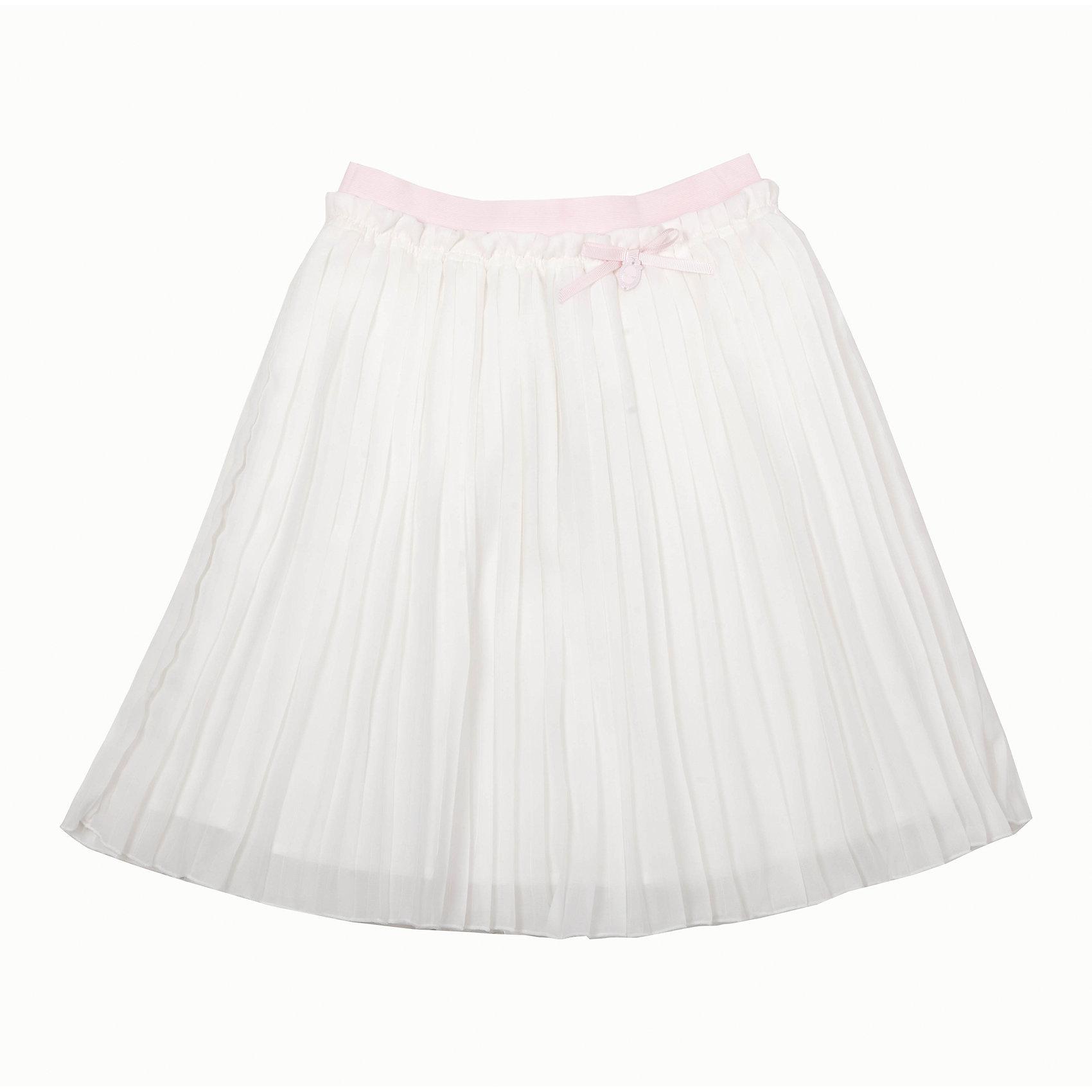 Юбка для девочки GulliverОдежда<br>Роскошная молочная юбка из гофрированного шифона не позволяет пройти мимо! Тонкая, легкая, воздушная, летняя нарядная юбка для девочки на подкладке из хлопка - яркий пример того, какой должна быть модная юбка сезона Весна/Лето 2016. Пояс юбки выполнен из нежной розовой резинки, что очень комфортно для ребенка. В оформлении модели изящная навесная деталь из репсовой ленты с брендированной металлической монеткой.<br>Состав:<br>верх:                        100% полиэстер;       подкл.:                    100% хлопок<br><br>Ширина мм: 207<br>Глубина мм: 10<br>Высота мм: 189<br>Вес г: 183<br>Цвет: бежевый<br>Возраст от месяцев: 132<br>Возраст до месяцев: 144<br>Пол: Женский<br>Возраст: Детский<br>Размер: 152,146,140,134,158,128<br>SKU: 4534420