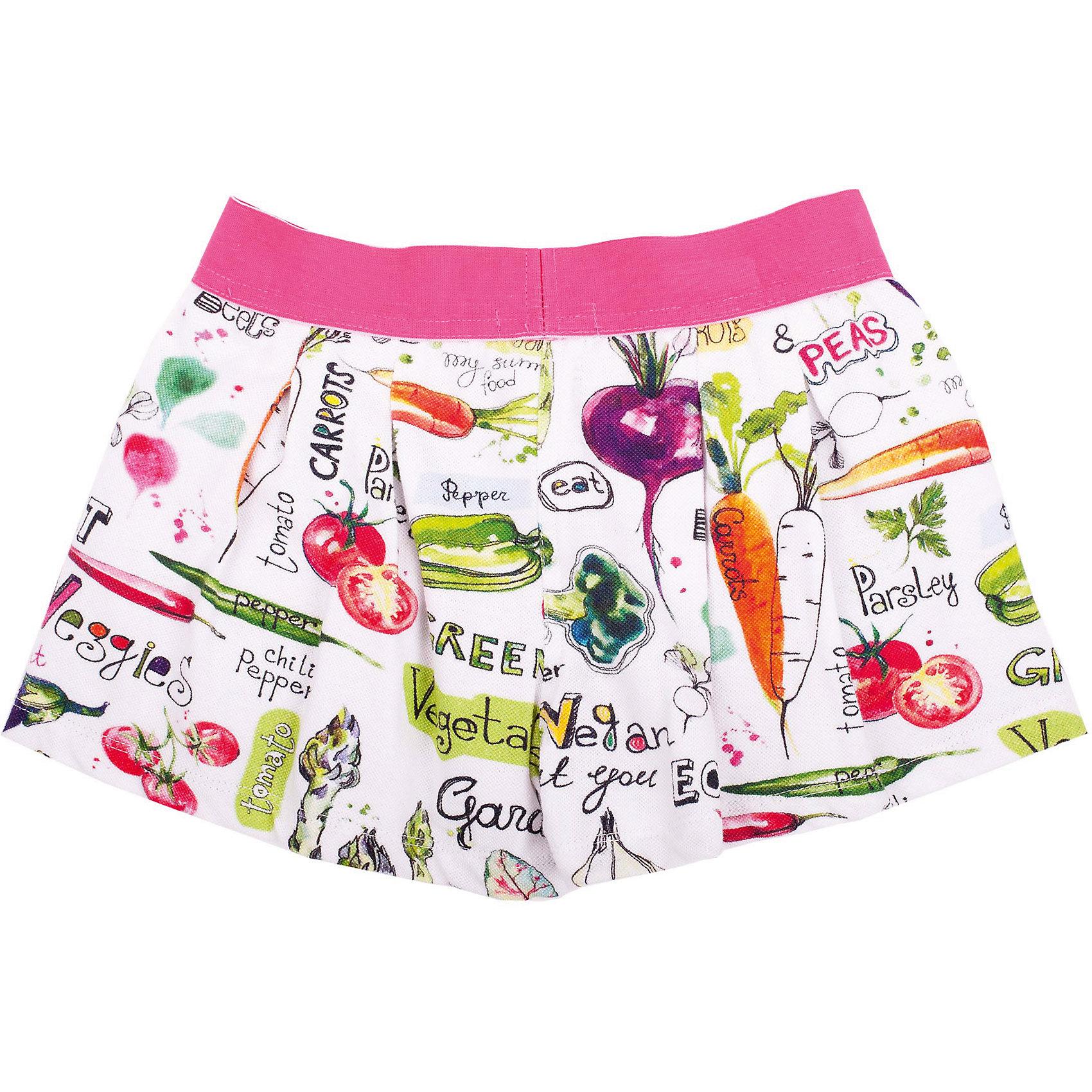 Шорты для девочки GulliverШорты, бриджи, капри<br>Трикотажные шорты из 100% хлопка! Что может быть лучше, комфортнее и удобнее для ребенка в повседневной носке? Только яркие шорты на резинке, выполненные из эффектного орнаментального полотна. Крупные складки на передней и задней части изделия придают шортам объем, что делает их похожими на юбку-шорты! С любой майкой, футболкой, топом шорты составят прекрасный летний комплект - легкий, удобный, красивый.<br>Состав:<br>95% хлопок      5% эластан<br><br>Ширина мм: 191<br>Глубина мм: 10<br>Высота мм: 175<br>Вес г: 273<br>Цвет: белый<br>Возраст от месяцев: 72<br>Возраст до месяцев: 84<br>Пол: Женский<br>Возраст: Детский<br>Размер: 122,104,110,98,116<br>SKU: 4534533