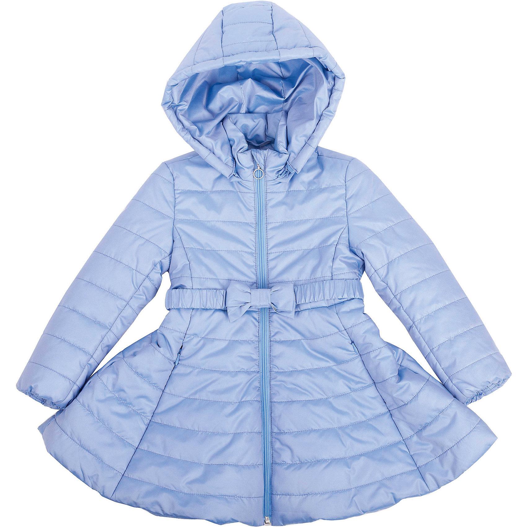 Пальто для девочки GulliverКупить модное весеннее пальто для девочки - задача не из простых! Оно должно быть легким, интересным, практичным, но, главное, должно нравиться своей обладательнице! Обратите внимание на эту модель! Свежий голубой цвет, модный расклешенный силуэт, яркая подкладка с оригинальным рисунком выделяет это пальто из числа других. В нем тепло и комфортно. Девочка в нем - настоящая модница! Купить красивое стеганое пальто на весну - значит позаботиться не только о здоровье, но и об отличном настроении юной леди! Стильное оригинальное пальто с игривым поясом - главная составляющая весеннего образа!<br>Состав:<br>верх: 80% полиэстер 20% нейлон;  подкладка: 100% хлопок; утеплитель: 100% полиэстер<br><br>Ширина мм: 356<br>Глубина мм: 10<br>Высота мм: 245<br>Вес г: 519<br>Цвет: синий<br>Возраст от месяцев: 36<br>Возраст до месяцев: 48<br>Пол: Женский<br>Возраст: Детский<br>Размер: 104,110,116,98<br>SKU: 4534627