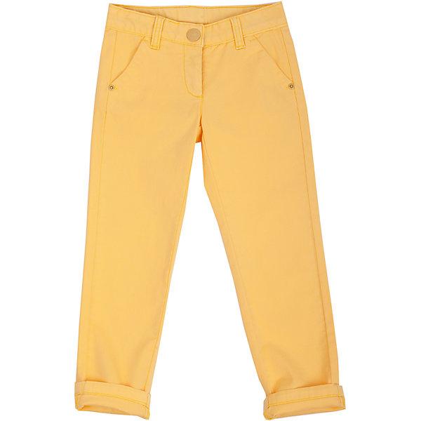 Брюки для девочки GulliverБрюки<br>Модные брюки – незаменимая часть гардероба девочки. Выполненные из хлопка с эластаном, они сделают каждый день солнечным и комфортным! Если вы решили купить брюки, обратите внимание именно на эту модель! Яркий цвет, мягкость и удобство в носке позволят наслаждаться каждым летним днем. Желтые брюки для девочки - превосходный акцент модного весенне-летнего образа. С любым однотонным или орнаментальным верхом из коллекции Голубая стрекоза они составят отличный комплект!<br>Состав:<br>98% хлопок      2% эластан<br>Ширина мм: 215; Глубина мм: 88; Высота мм: 191; Вес г: 336; Цвет: желтый; Возраст от месяцев: 48; Возраст до месяцев: 60; Пол: Женский; Возраст: Детский; Размер: 110,98,104,116; SKU: 4534647;