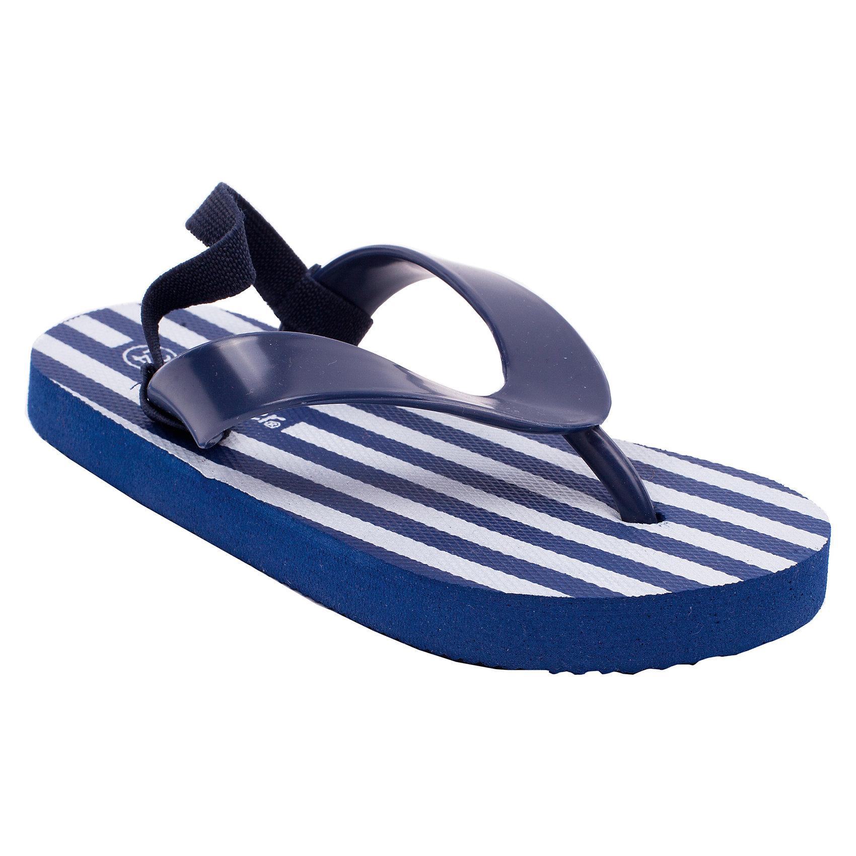 Обувь пляжная для мальчика GulliverПляжная обувь - вещь, совершенно необходимая для отдыха у воды. Мягкие резиновые тапочки-въетнамки с фиксирующей резиновой лямкой на пятке надежно защитят ножку ребенка от мелкой гальки и горячего песка. Если вы решили купить ребенку въетнамки, обратите внимания на эти! Полосатый принт в стиле коллекции, наверняка, понравится малышу.<br>Состав:<br>верх:                              PVC;             подошва:                 EVA<br><br>Ширина мм: 248<br>Глубина мм: 135<br>Высота мм: 147<br>Вес г: 256<br>Цвет: сине-белый<br>Возраст от месяцев: 48<br>Возраст до месяцев: 60<br>Пол: Мужской<br>Возраст: Детский<br>Размер: 28,25,29,27,26,24<br>SKU: 4534835